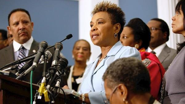 Rep. Barbara Lee won't get her war vote after all