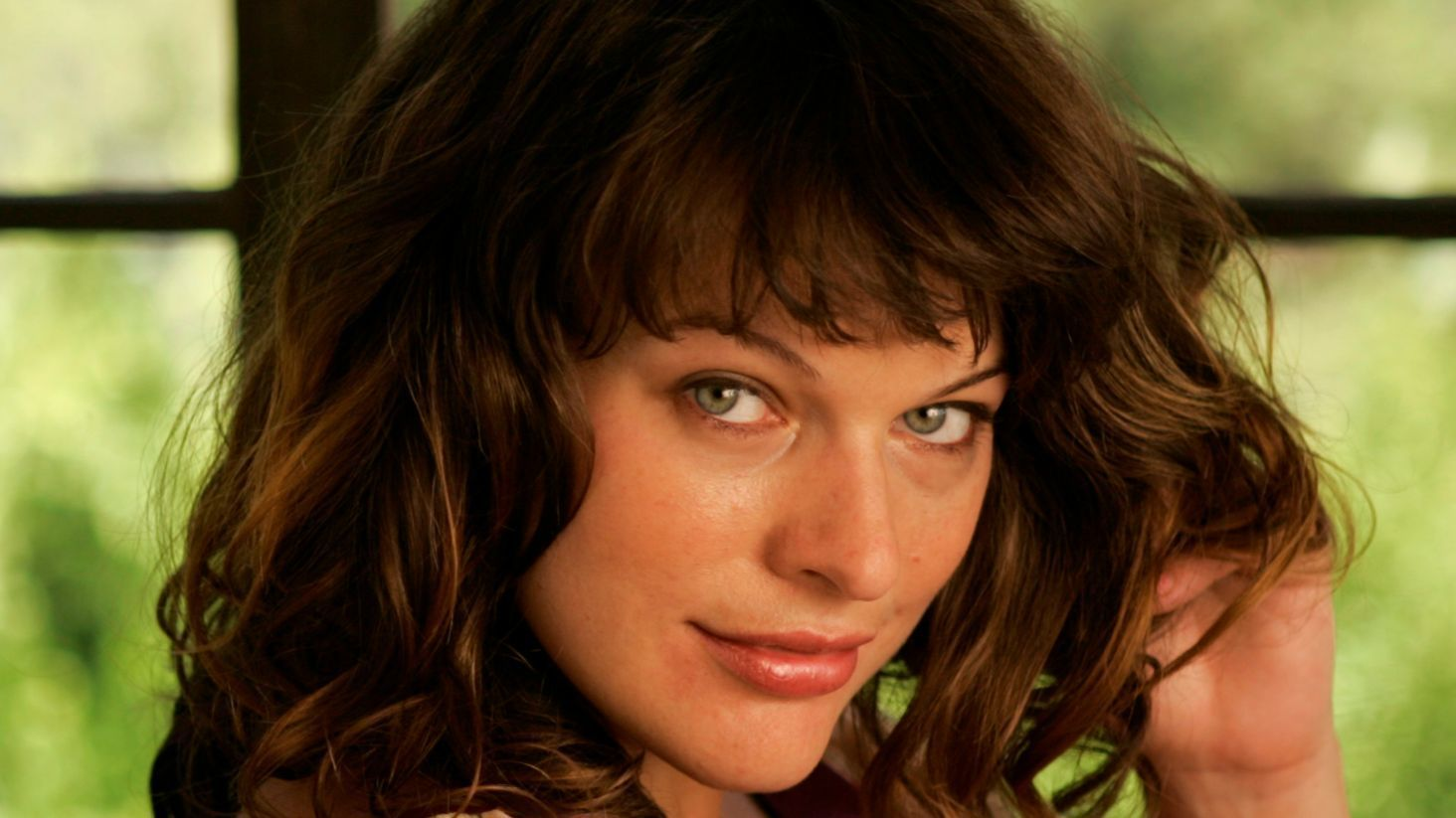 Milla Jovovich on her action heroine legacy, 'The Fifth ... Milla Jovovich