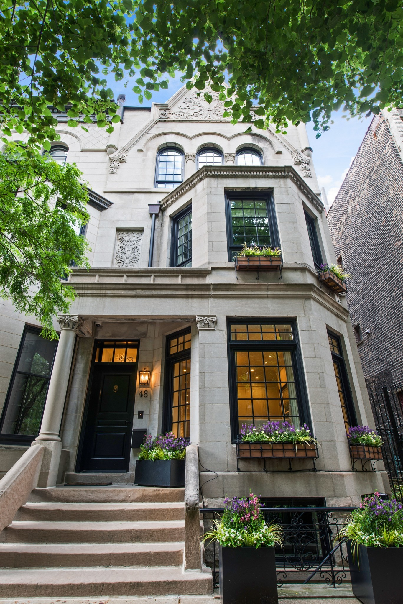 Greystone Home In The Gold Coast 4 5m Chicago Tribune