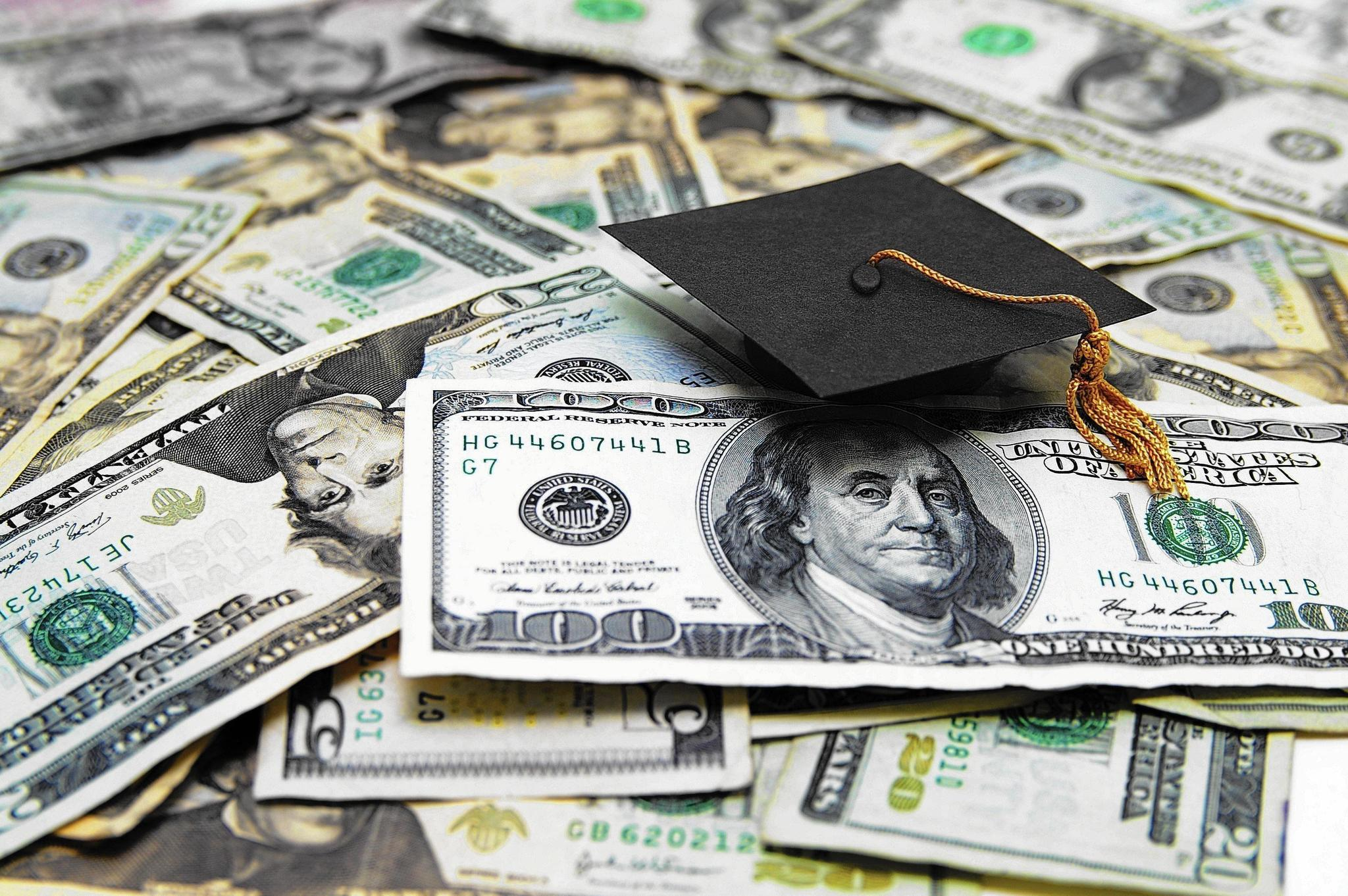 Watch How to Get Financial Aid in College video