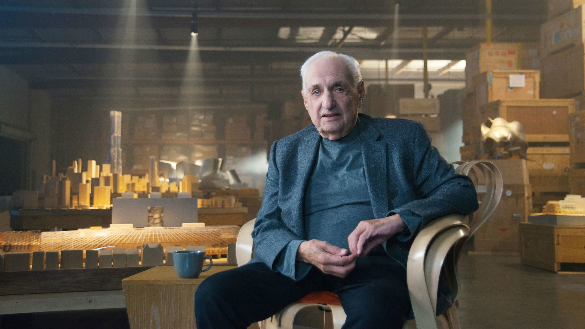 an avuncular frank gehry takes to the web in new online master class la times. Black Bedroom Furniture Sets. Home Design Ideas