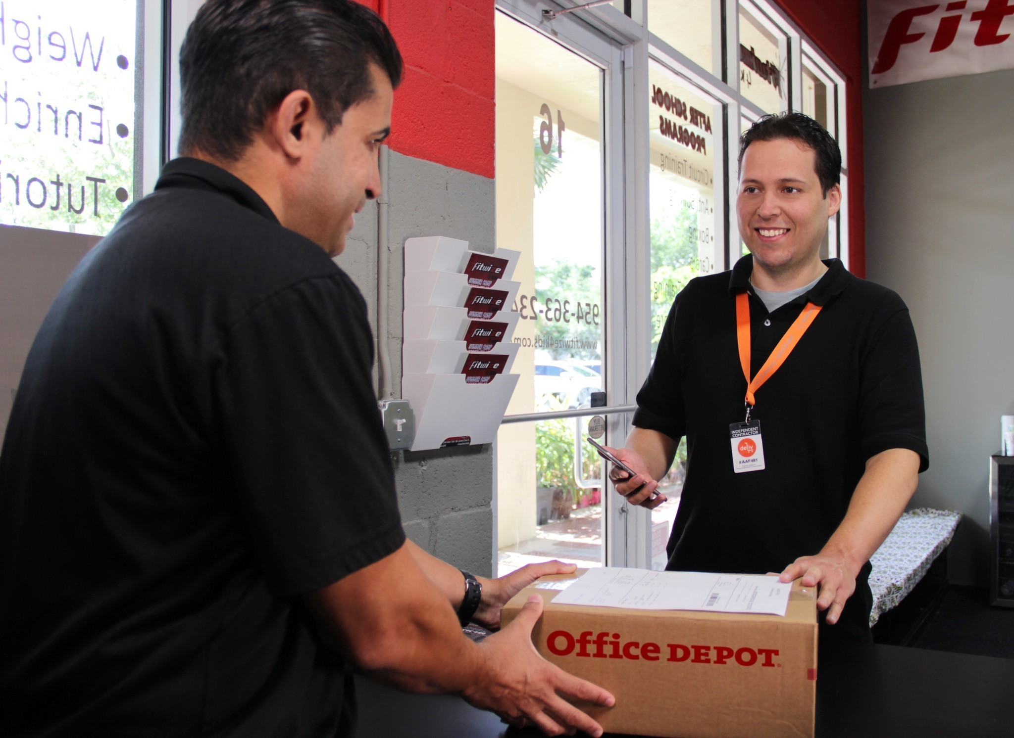Office Depot Coupons & Free Shipping Codes If there's an Office Depot store nearby, your best bet is to use a coupon for a discount instead of free shipping. That's because you can have your order delivered to a local store and pick it up yourself at no additional charge.