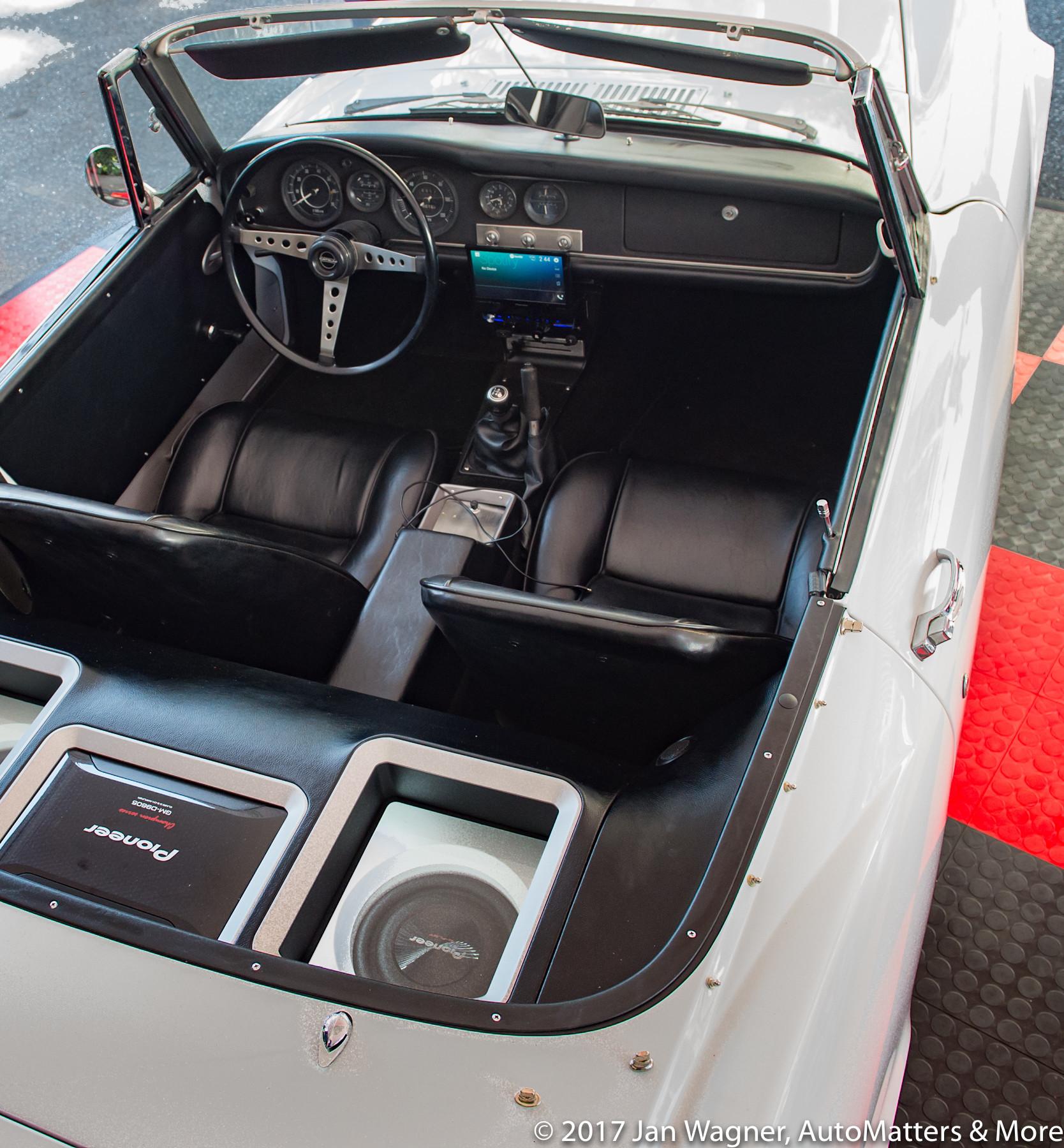 Pioneer AVH-3300NEX installed in a 60s Datsun roadster.