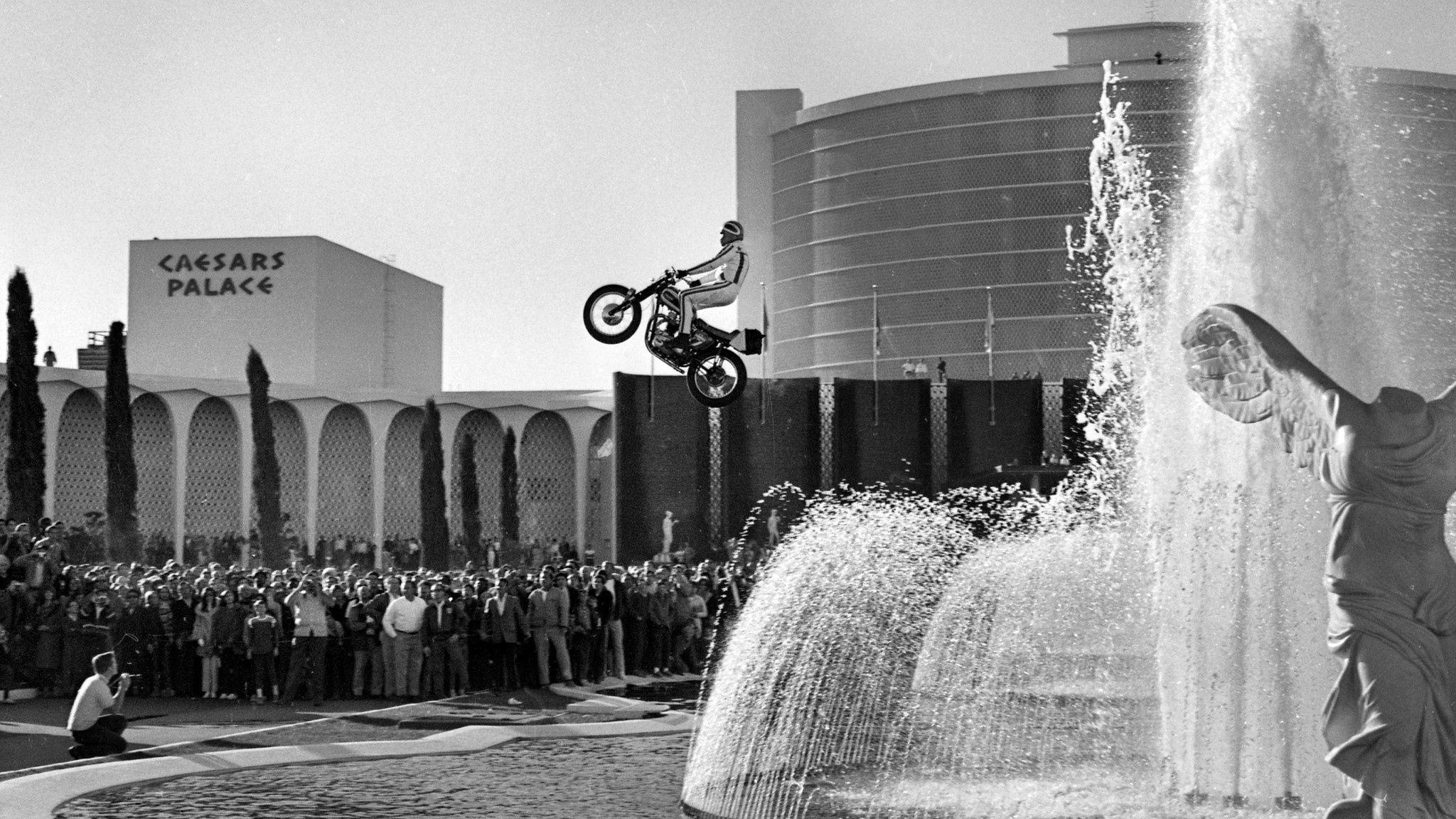 Evel Knievel jumped the fountains outside Caesars Palace on Dec. 31, 1967, but crashed as he returned to the ground.