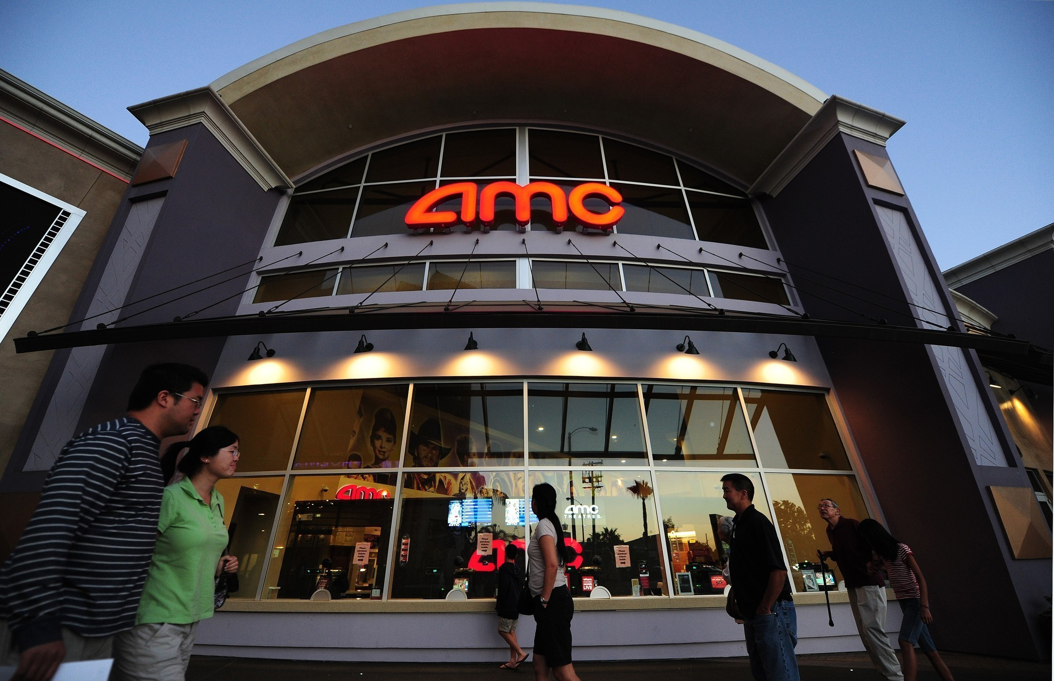 AMC Unveils Answer to MoviePass: $20 Subscription Plan
