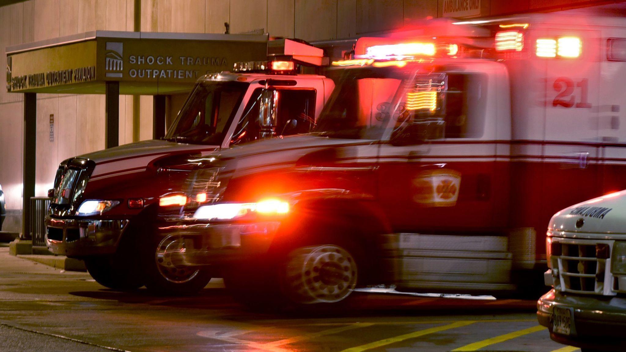 1 killed, 2 injured in Columbia car collision - Baltimore Sun