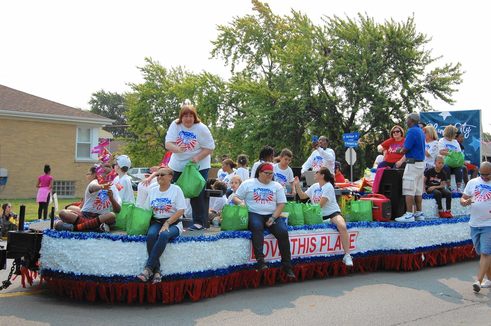 Union workers honored at Calumet City's Labor Day parade