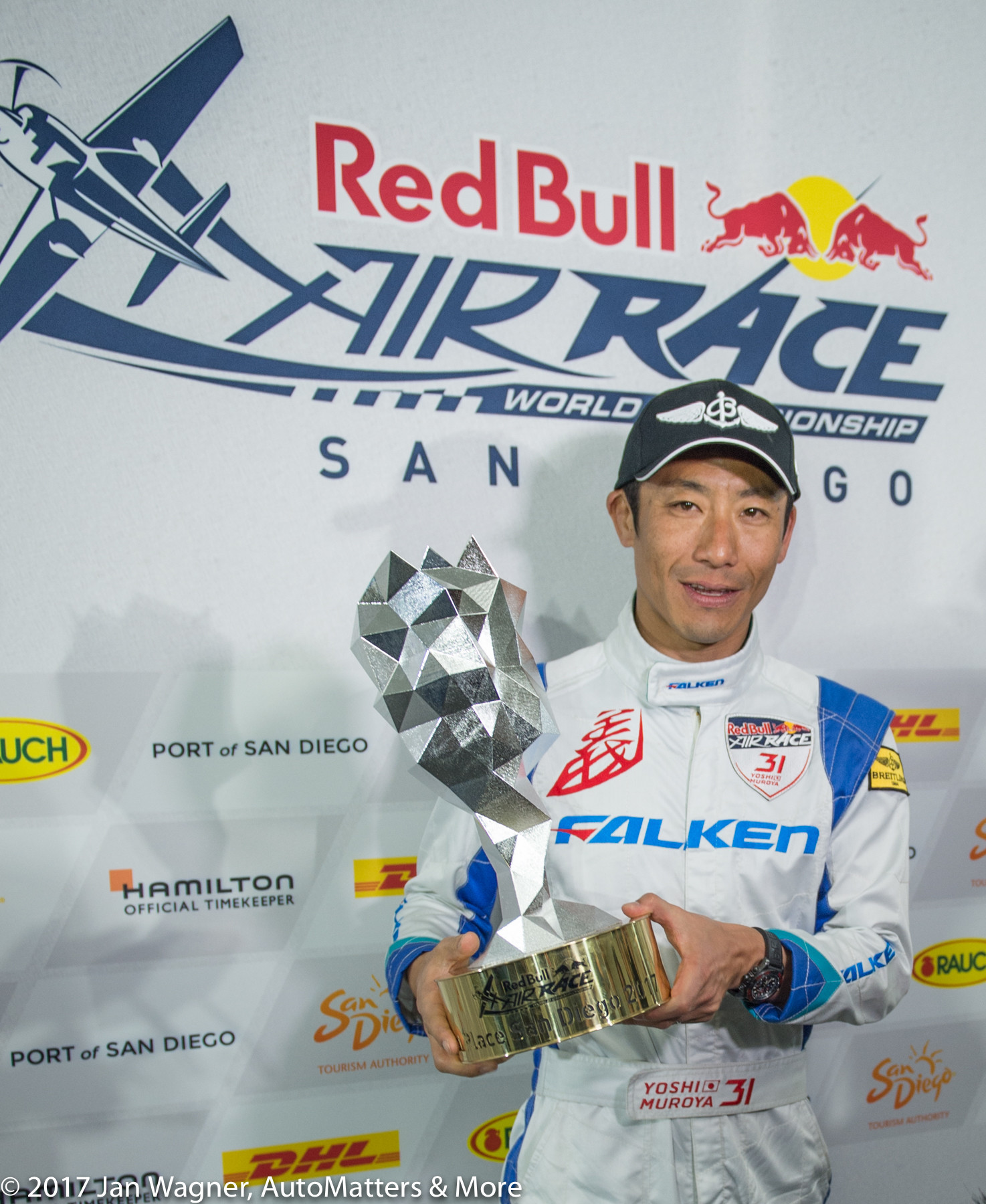 "Yoshihide ""Yoshi"" Muroya – 2017 San Diego Red Bull Air Race winner"