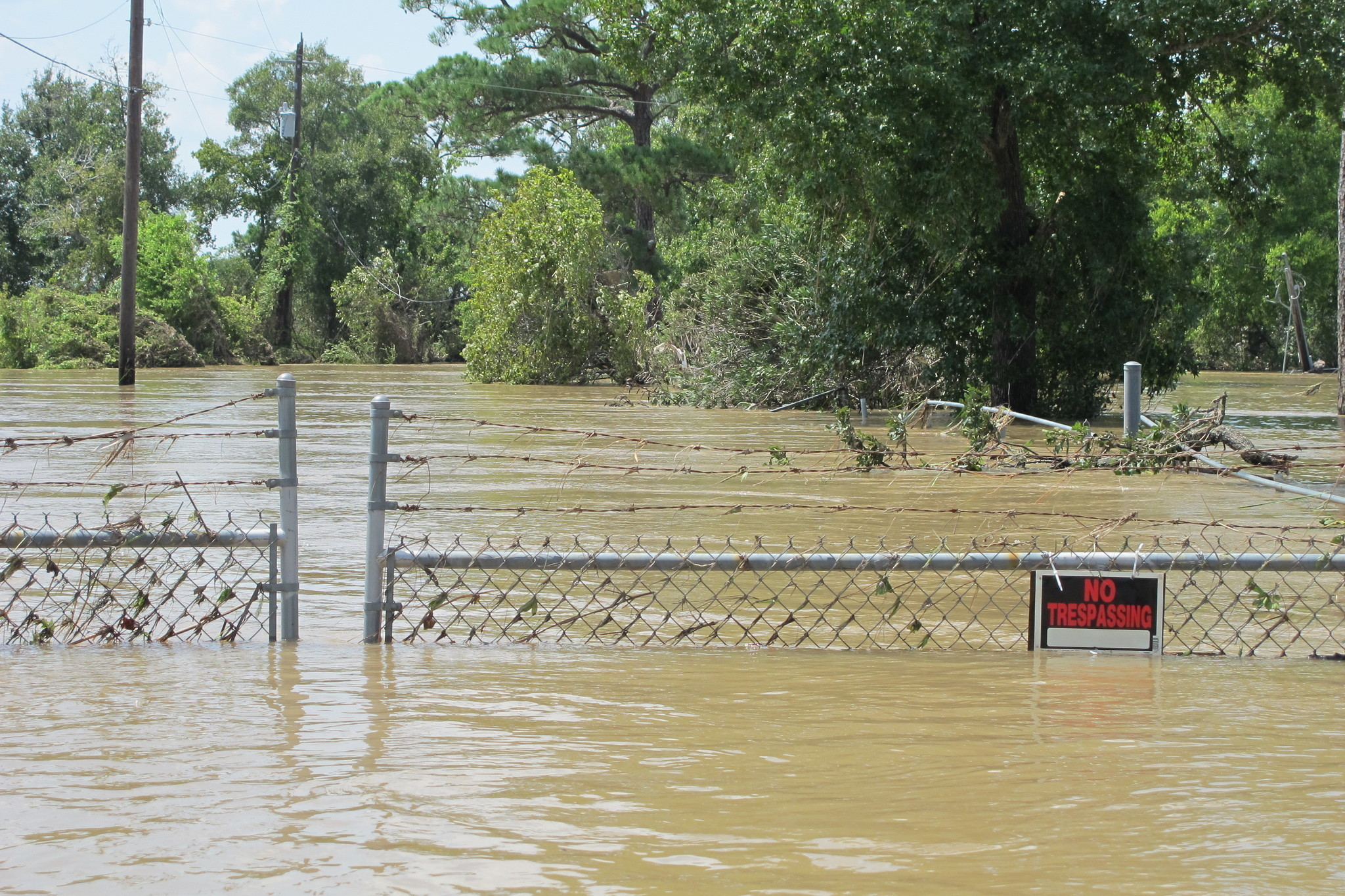 Toxic waste sites in Texas swamped by Harvey's floodwaters; EPA not on scene