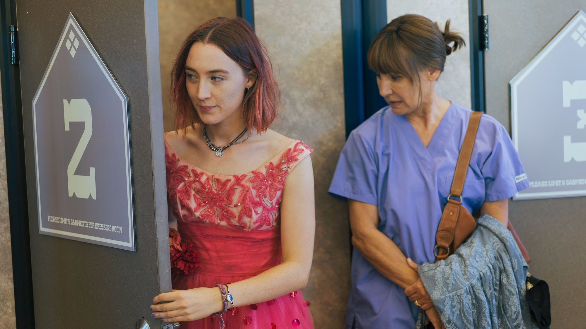 Risultati immagini per lady bird hd wallpaper movie