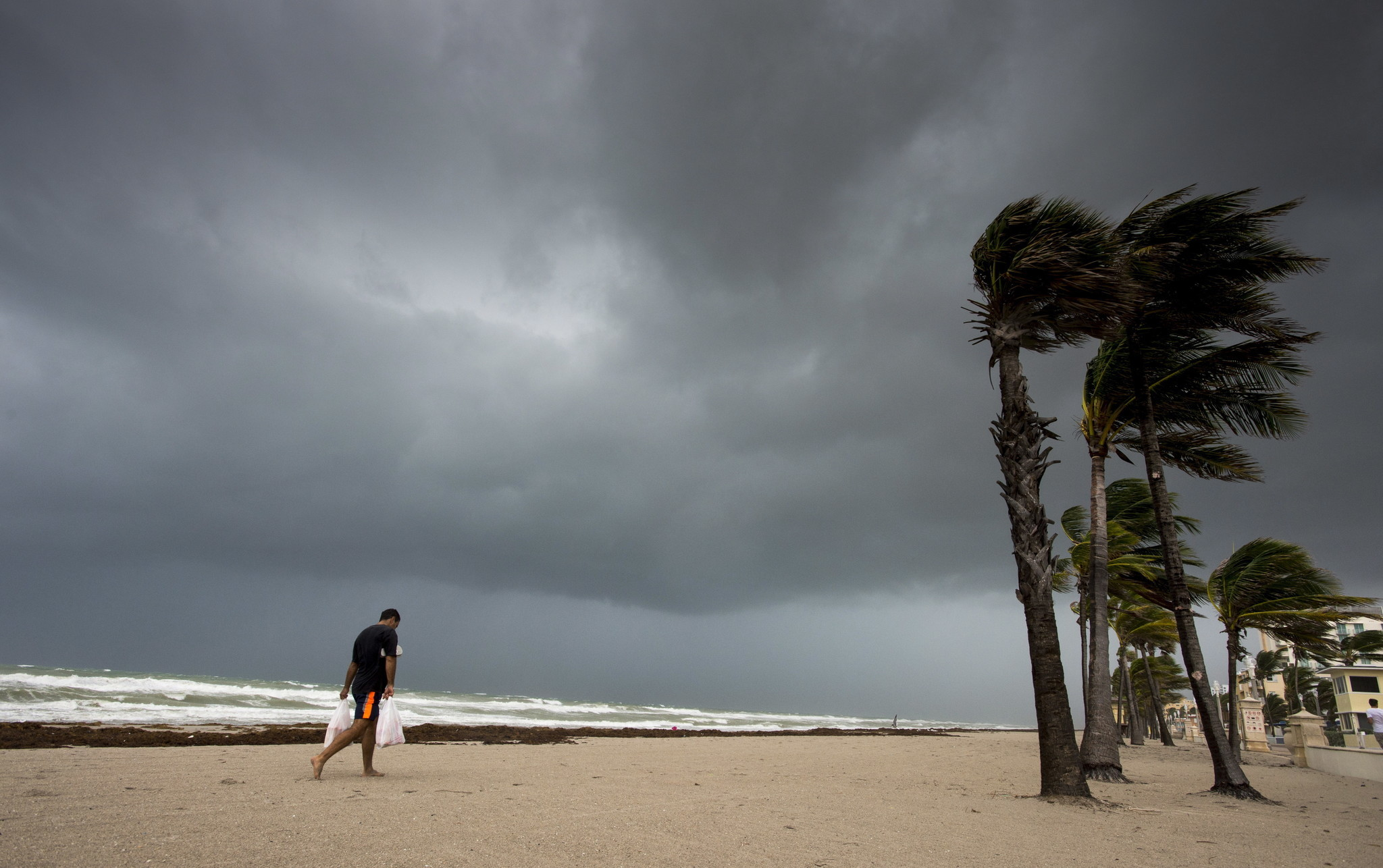 Hurricane Livestreams And Footage Where To Watch Irma S