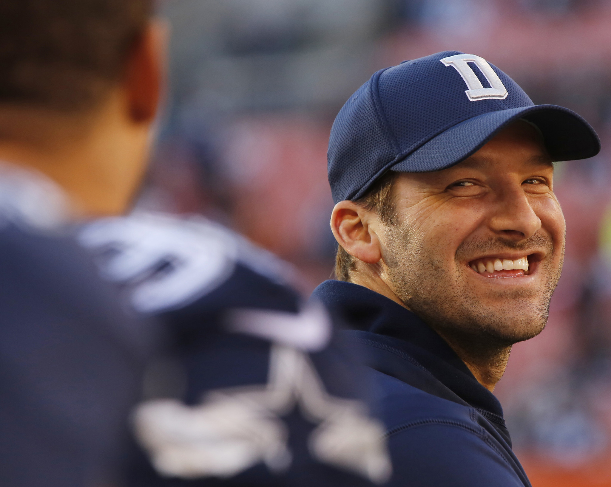 Watch Tony Romo Predict Plays In His Broadcasting Debut On