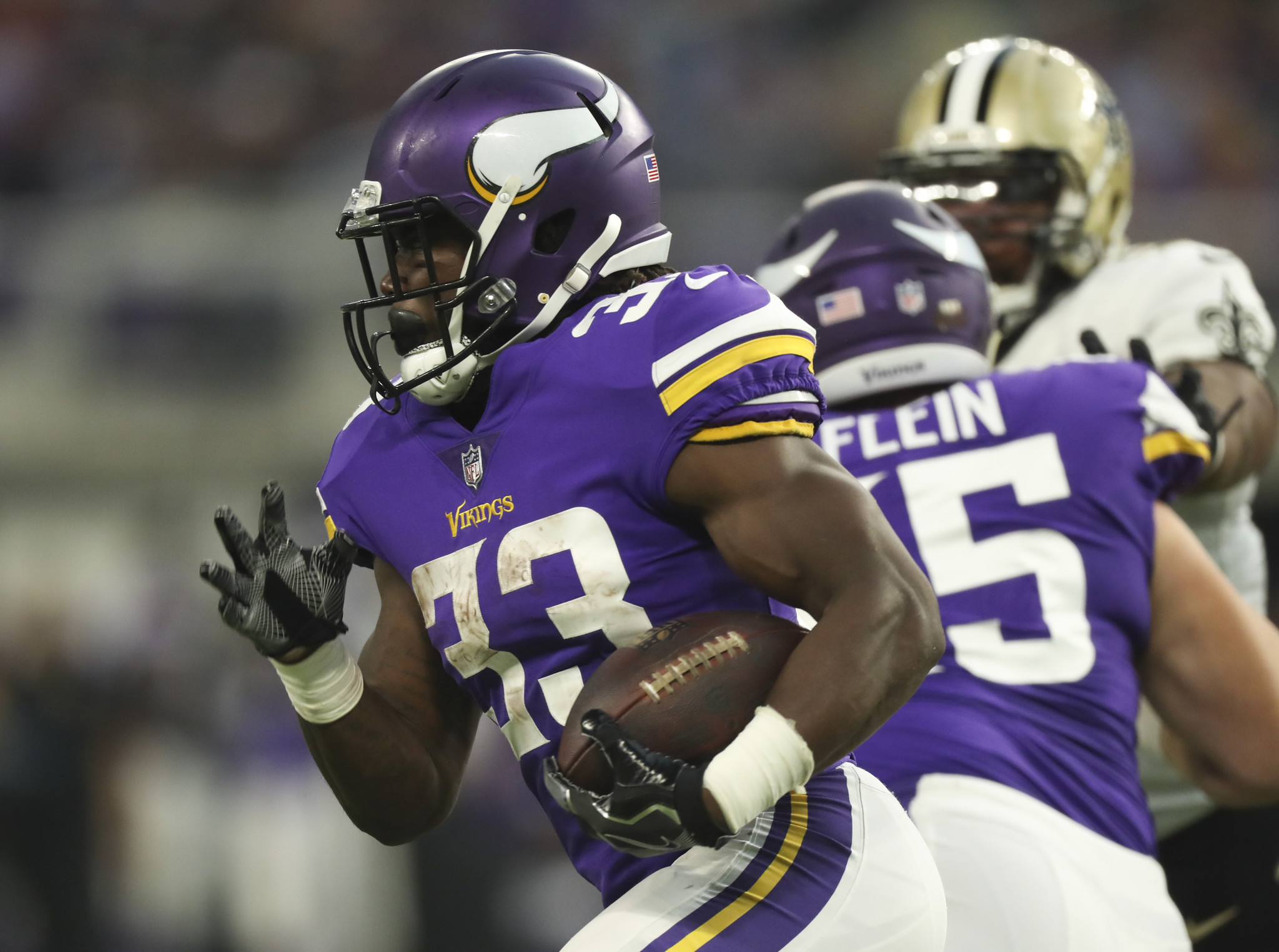 38323cc8660 Dalvin Cook makes clear that 2017 is the year of the rookie running back -  Chicago Tribune