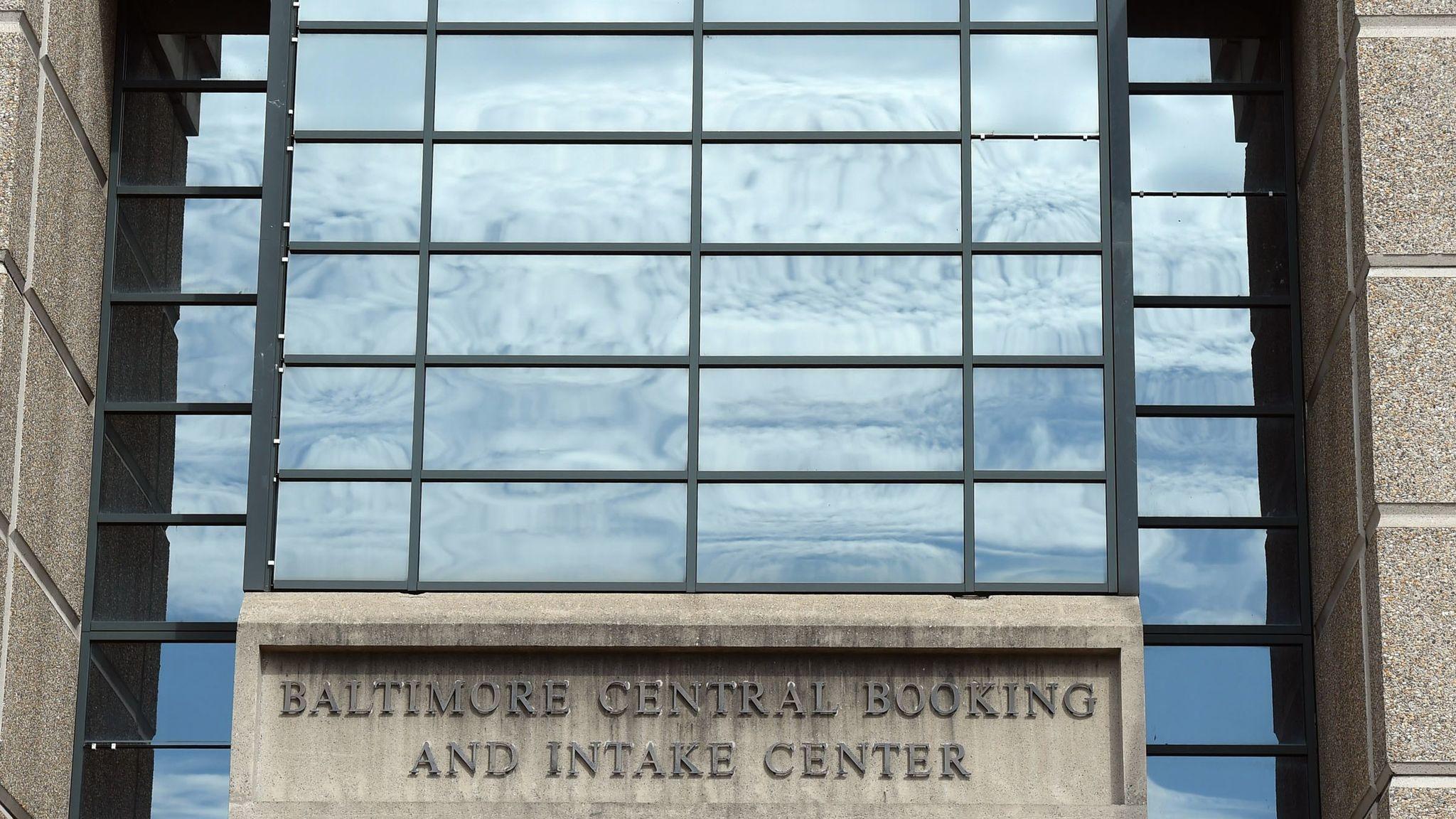 Central Booking Center – Fondos de Pantalla