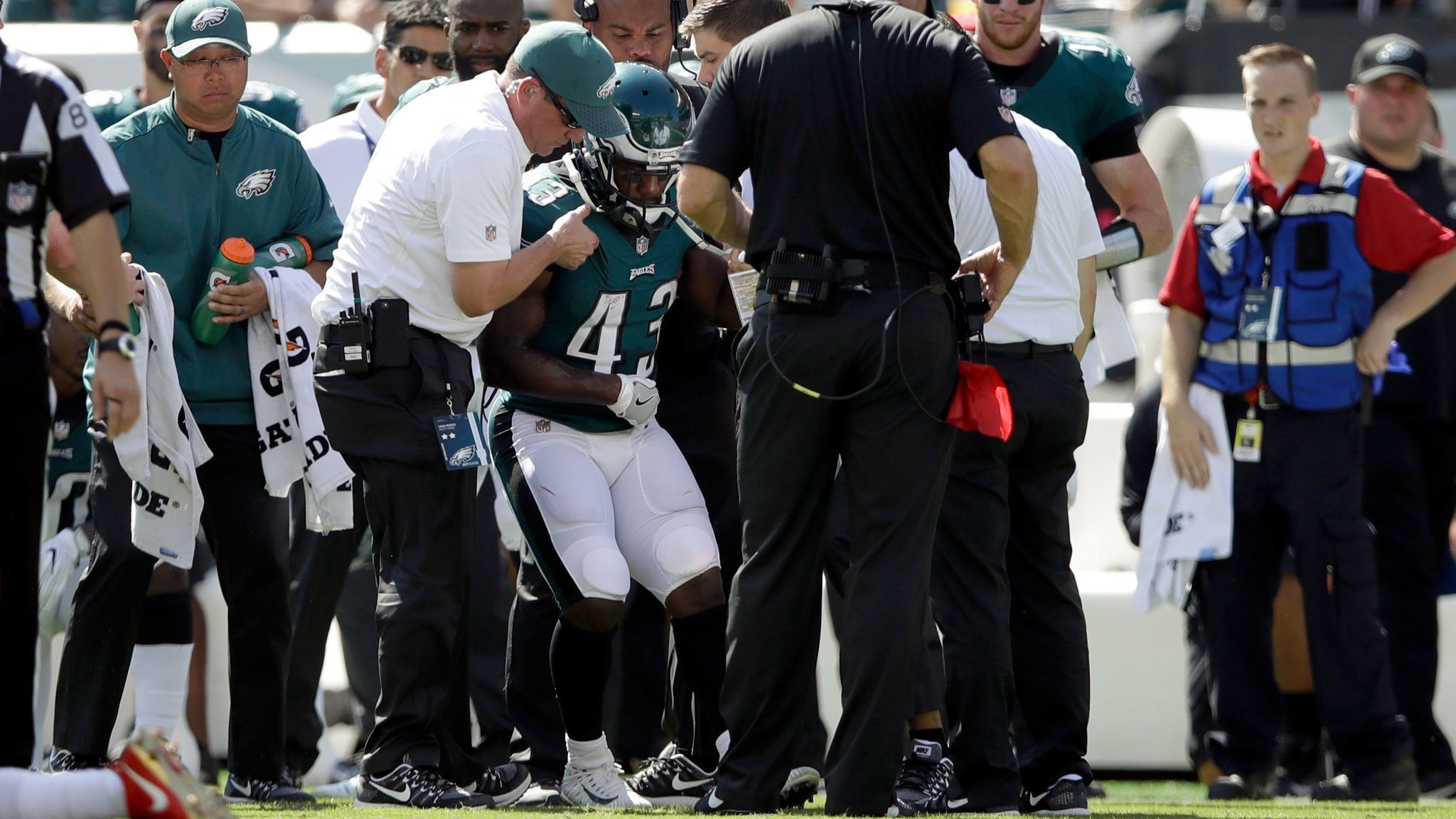 9517a9569 UPDATED  Darren Sproles suffers rare double injury on same play - The San  Diego Union-Tribune