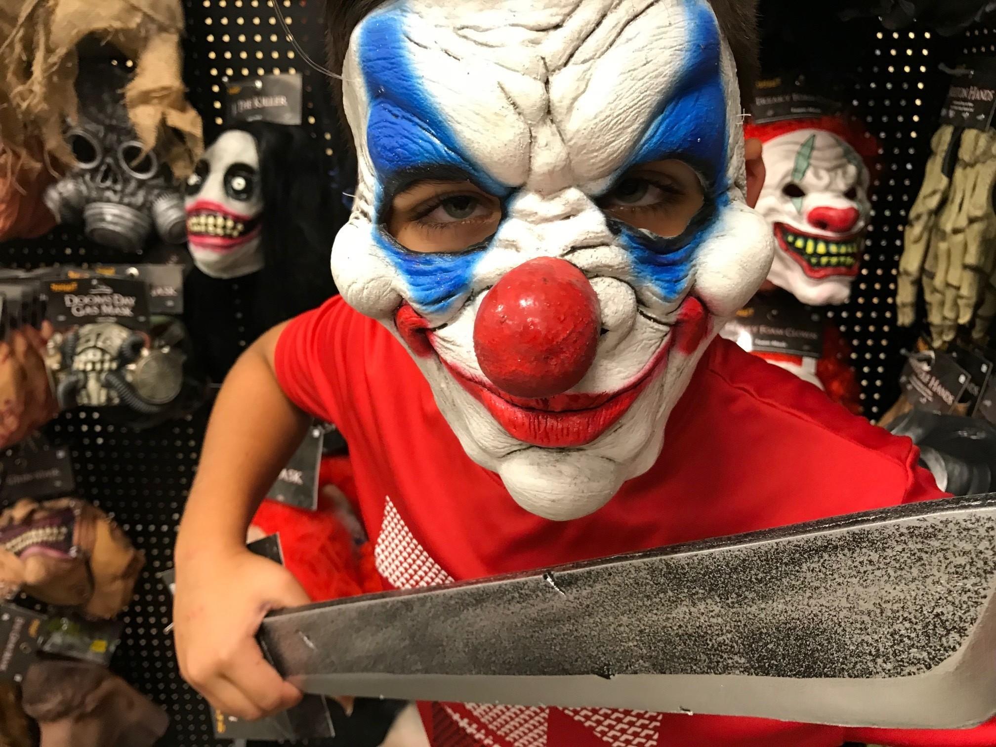 save 20 percent on costumes at spirit halloween shops - sun sentinel