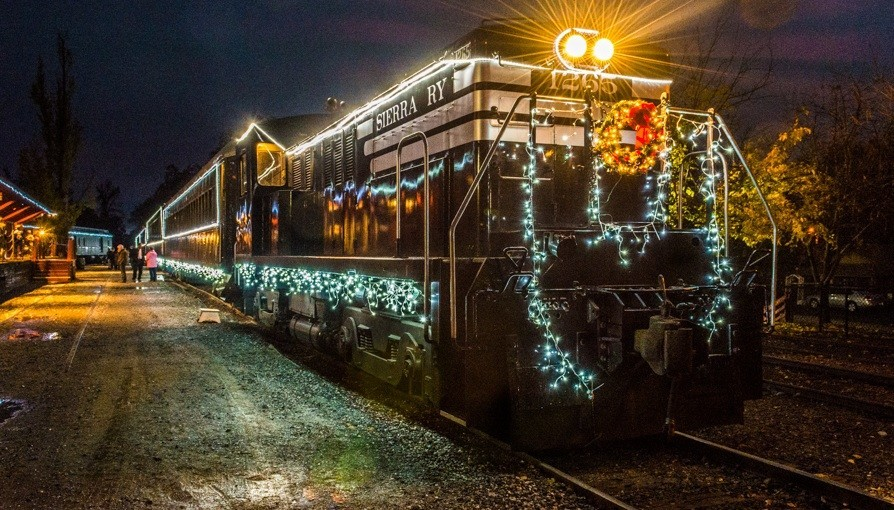 Christmas Train Ride.Where To Hop Aboard The Polar Express And Other Christmas