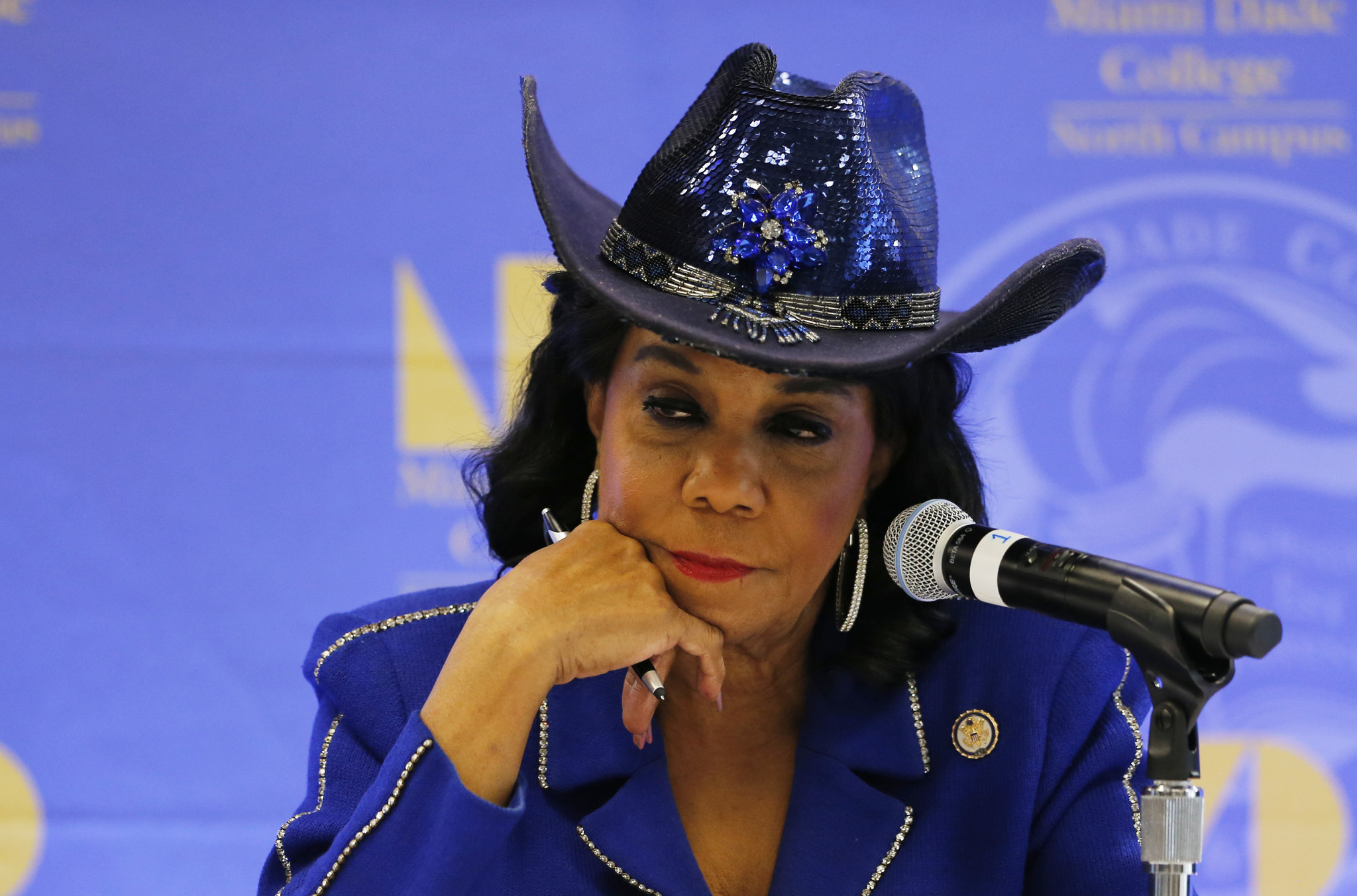 Frederica Wilson And Her Fancy Hats Five Things You Need