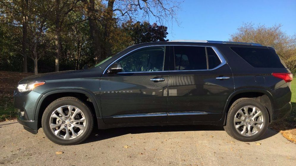 2018 Chevrolet Traverse Offers Up Minivan Function In Suv Form Chicago Tribune