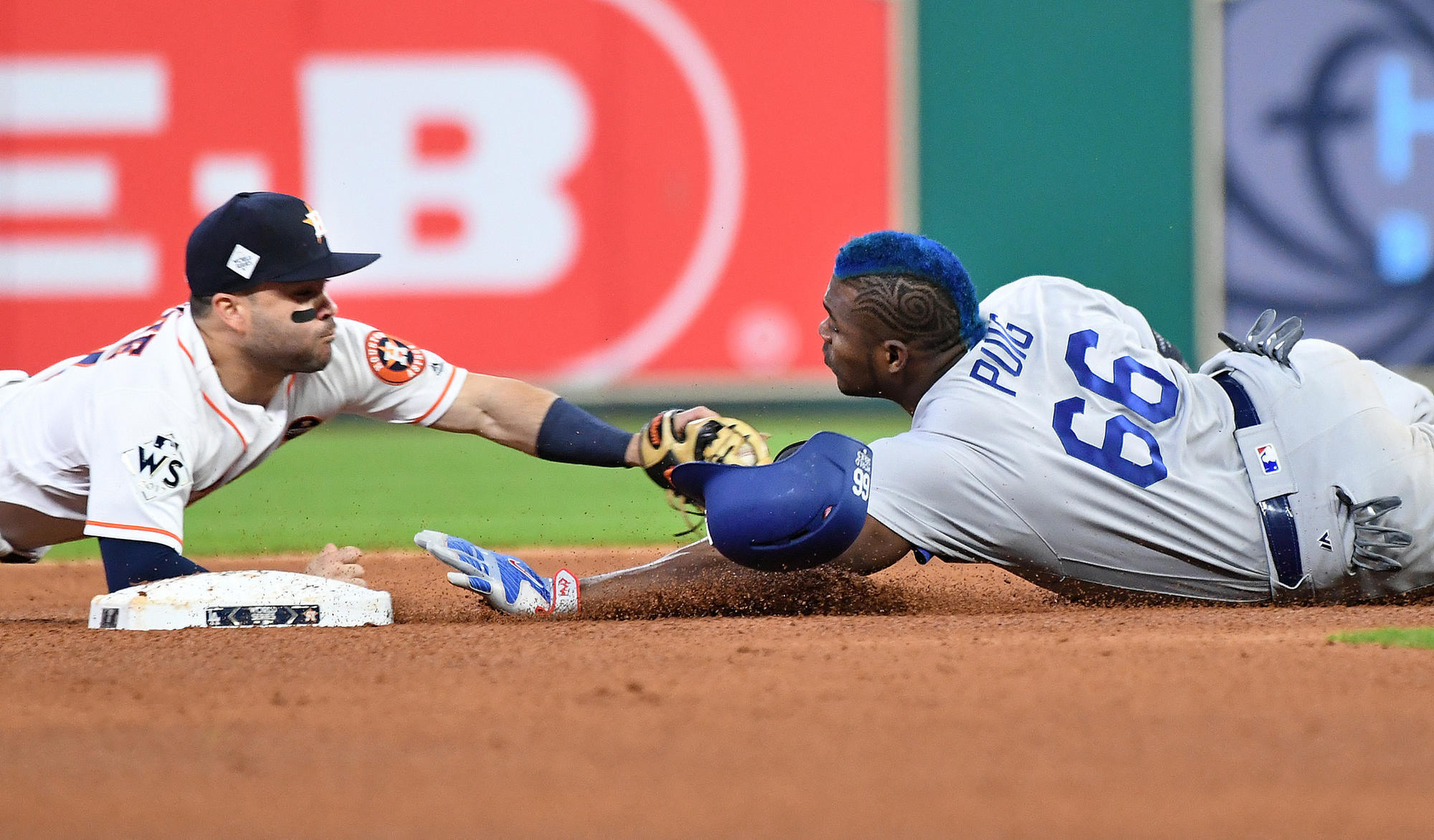 Astros Remain Unbeaten At Home In Playoffs With 5 3 Defeat