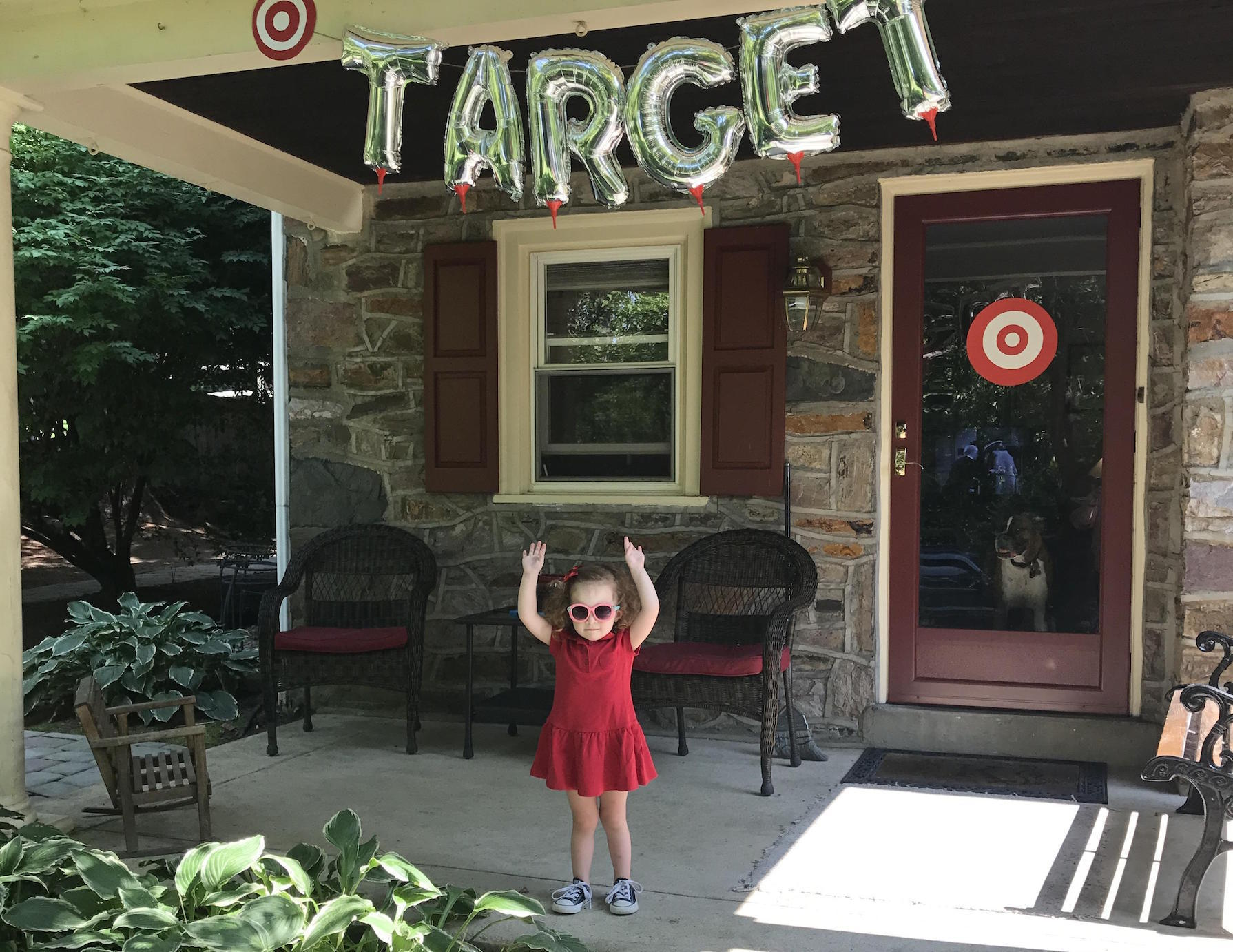 This Adorable Toddler Requested A Target Birthday Party And Her Mom Delivered With Pizza Hut