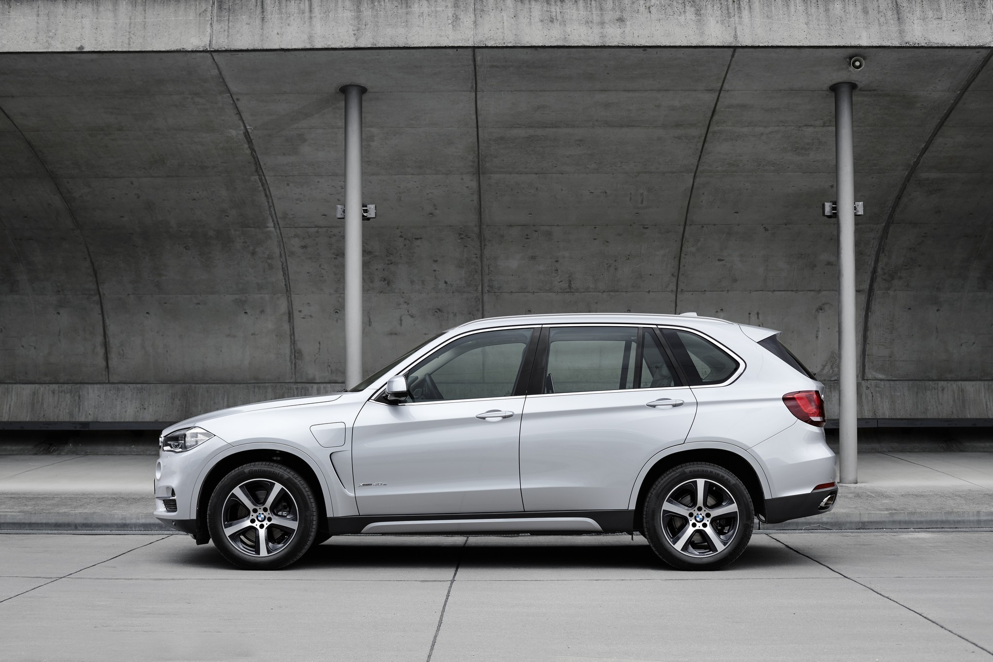Bmw Recalls 1 4 Million Vehicles Due To Fire Risk X5
