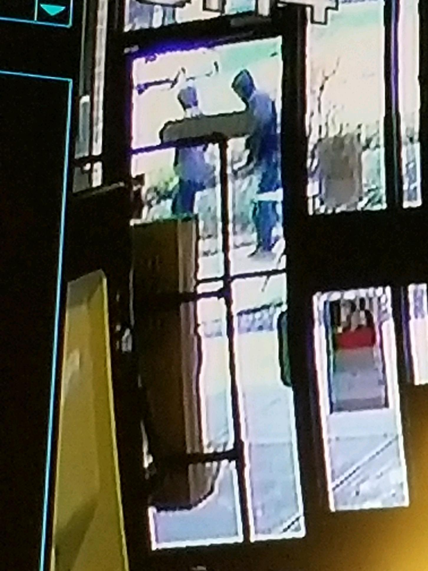 Lake Bluff police search for suspect in attempted armed ...