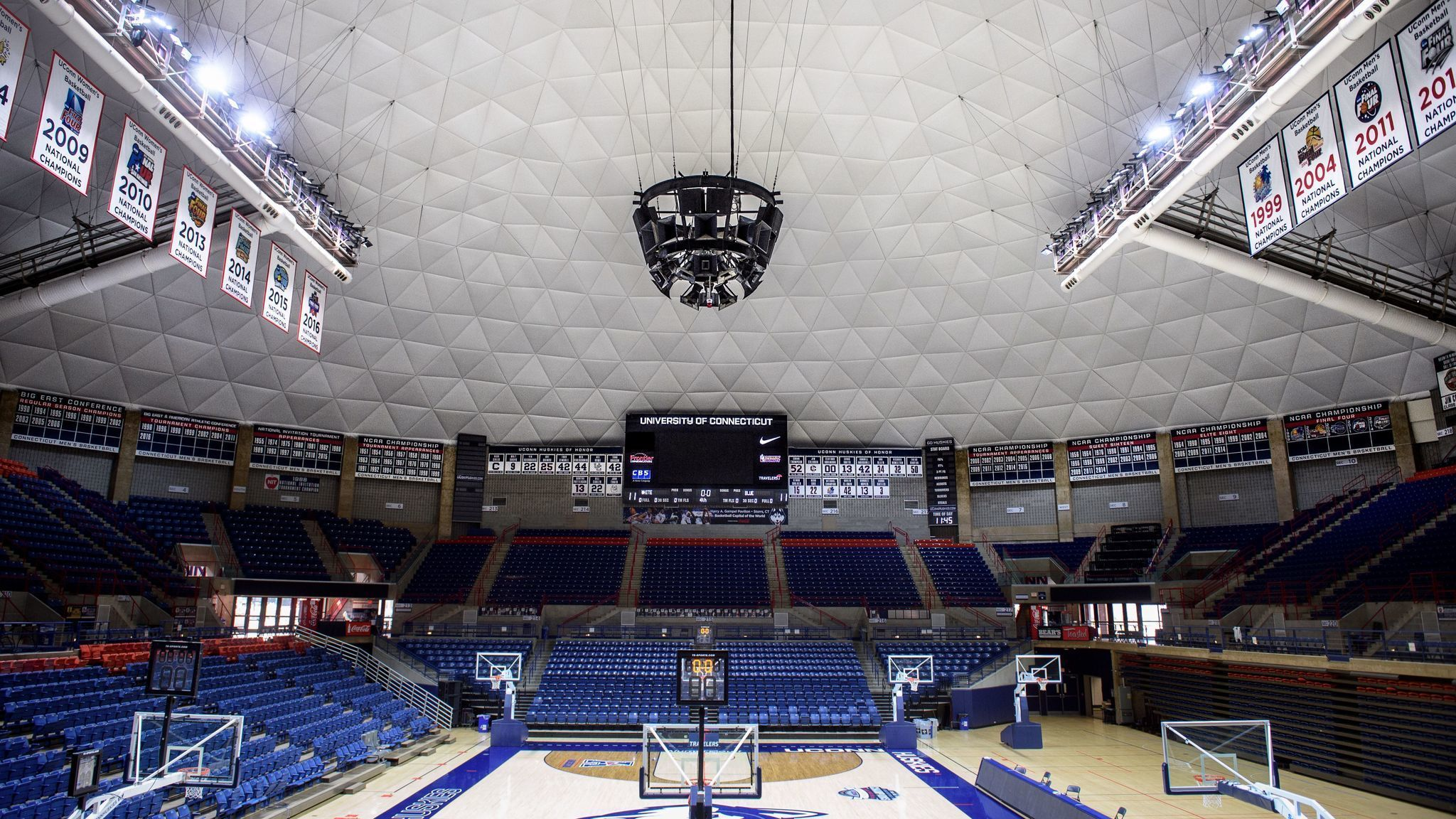 Gampel Pavilion S New Roof Gives Building Fresh Look