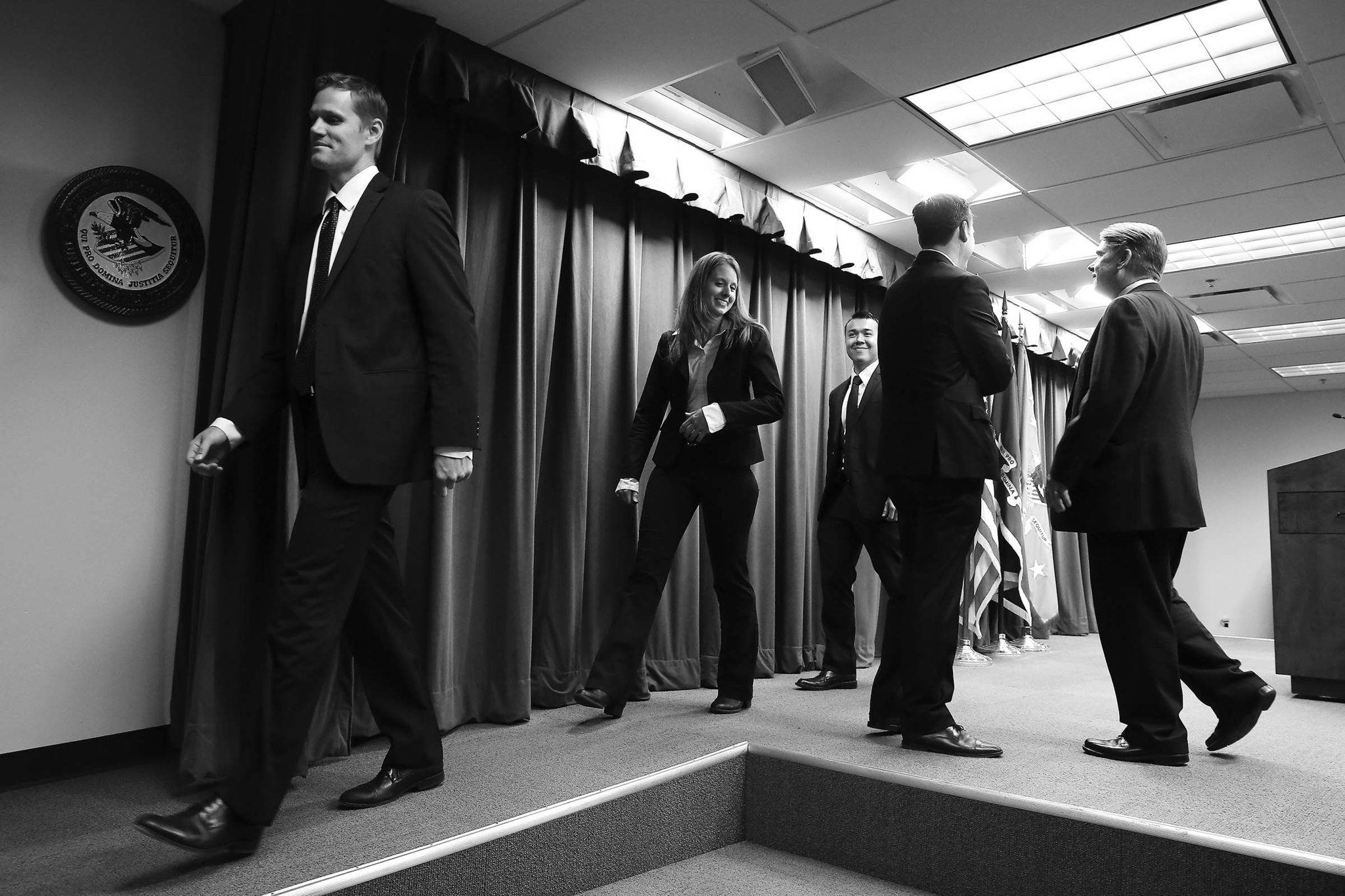 FBI agent Jason Dalton leaves the stage after attending a May 2015 press conference at the downtown Federal Building.