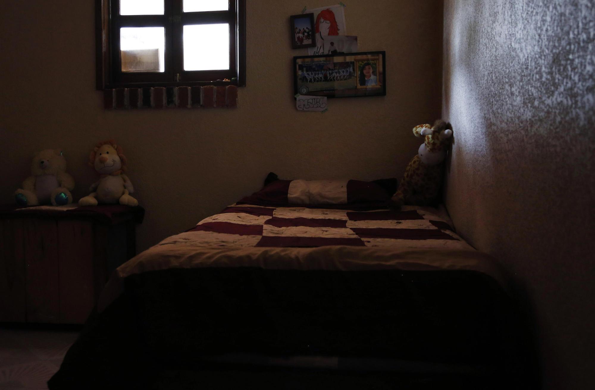 Mally Almanza's room