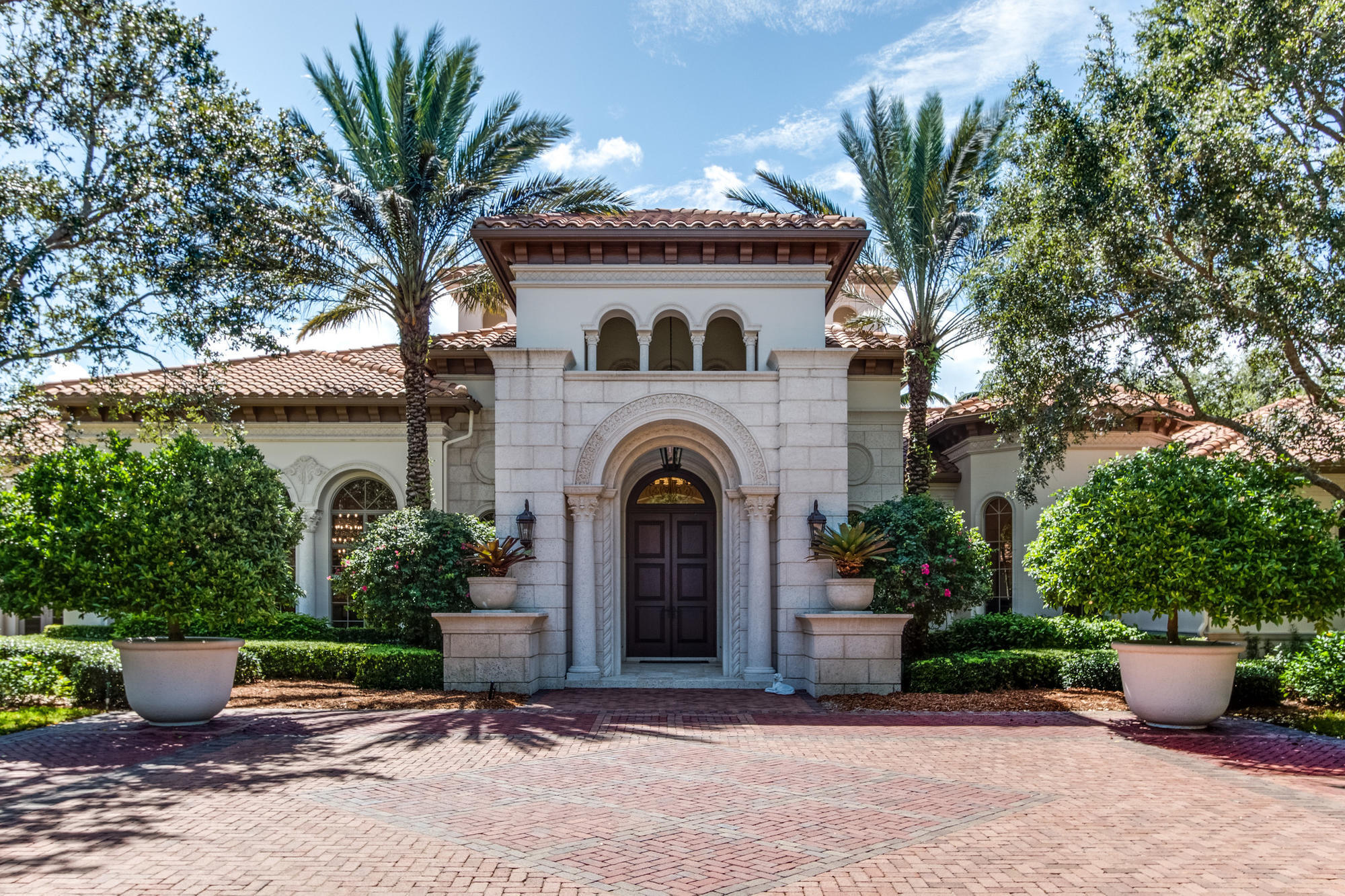 home depot delray beach h wayne huizenga jr sells delray mansion to office 11009