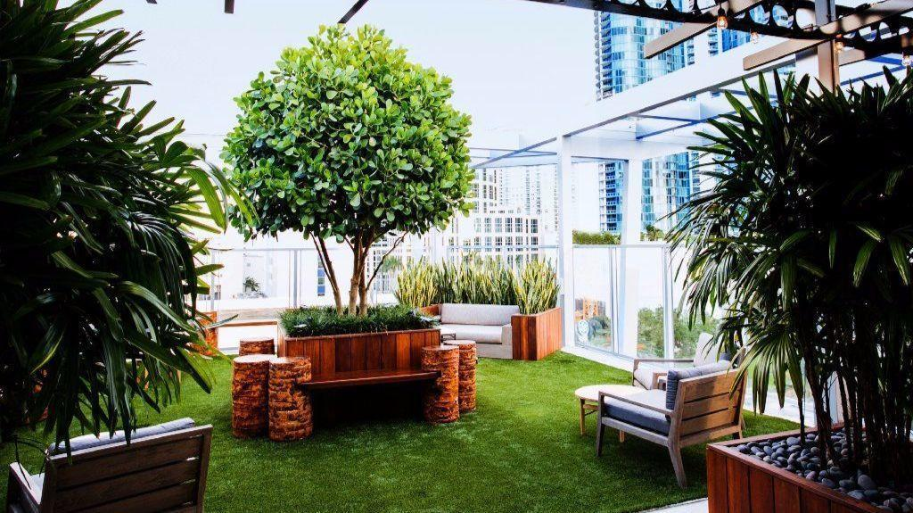 Alfresco garden lounge rooftop 1wlo opens on las olas - Encore interiors fort lauderdale ...