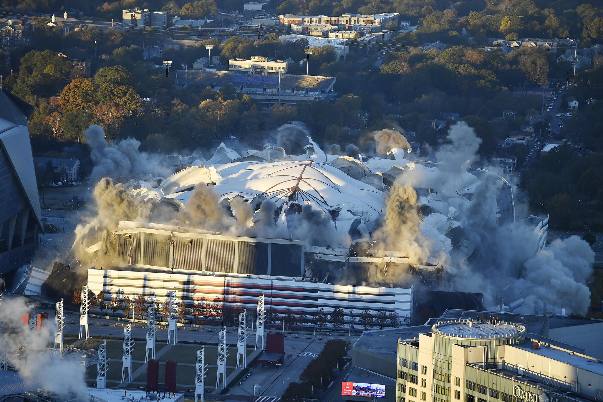 5 000 Pounds Of Explosives Used To Implode Georgia Dome In