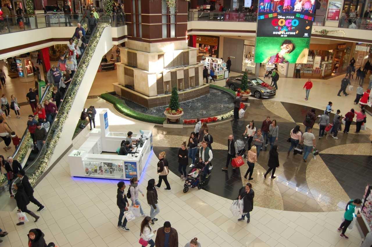 Black Friday Optimism On Display At Orland Square Mall