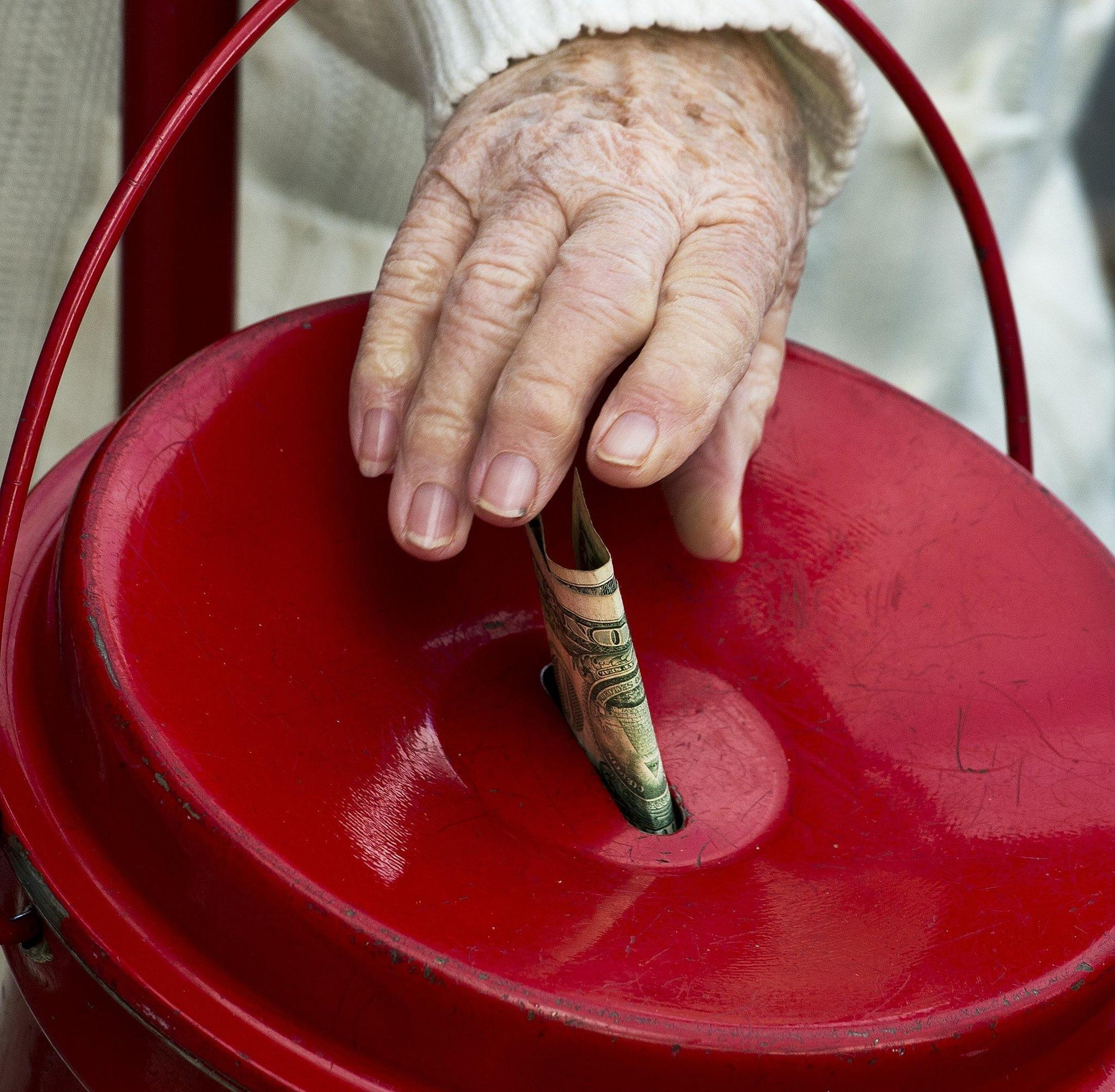 616af8046ea Davich  Does Salvation Army s red kettle campaign ring charitable bells for  you  - Post-Tribune