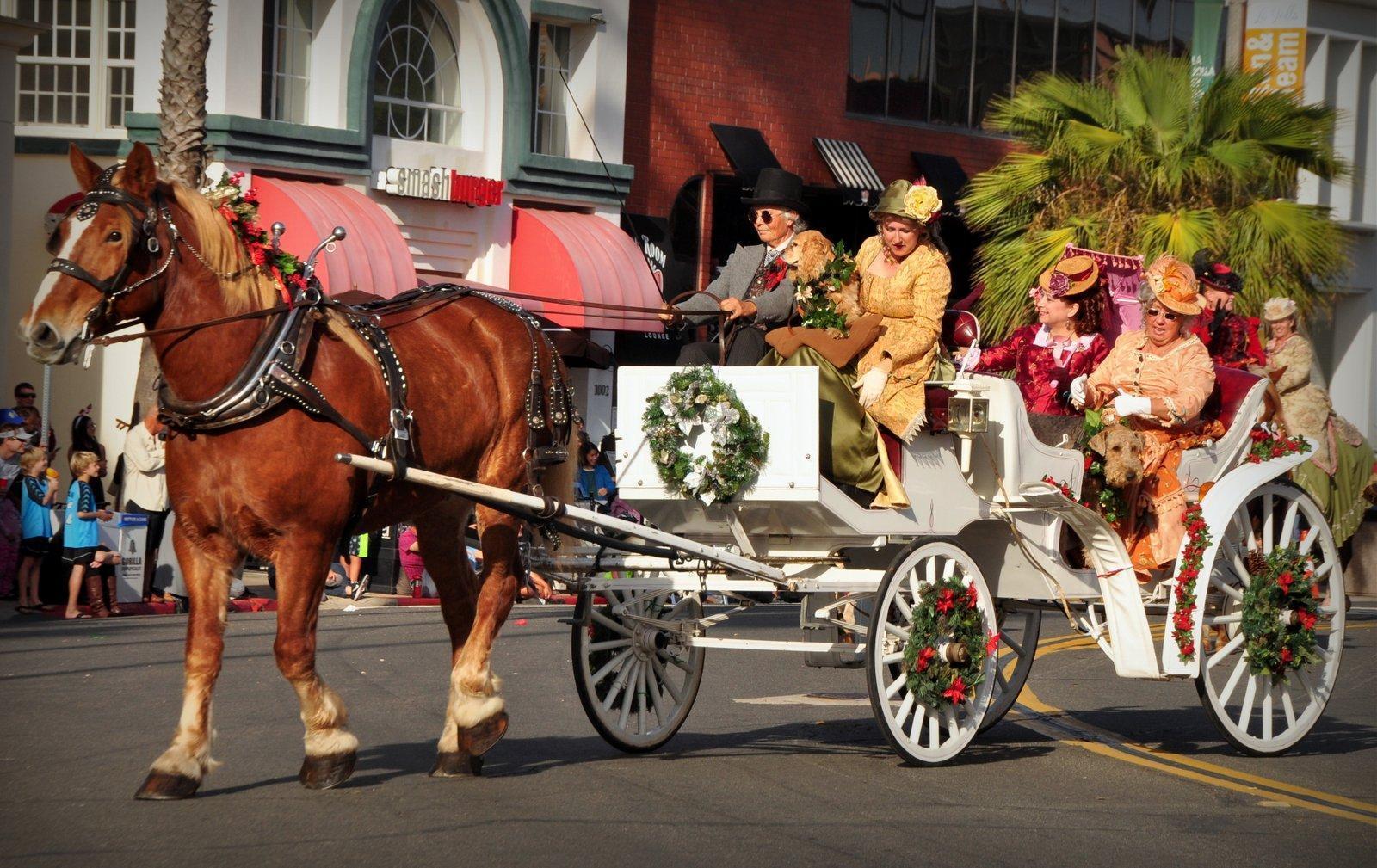 La Jolla Christmas Parade will hit the 60th year mark; Sunday, Dec on