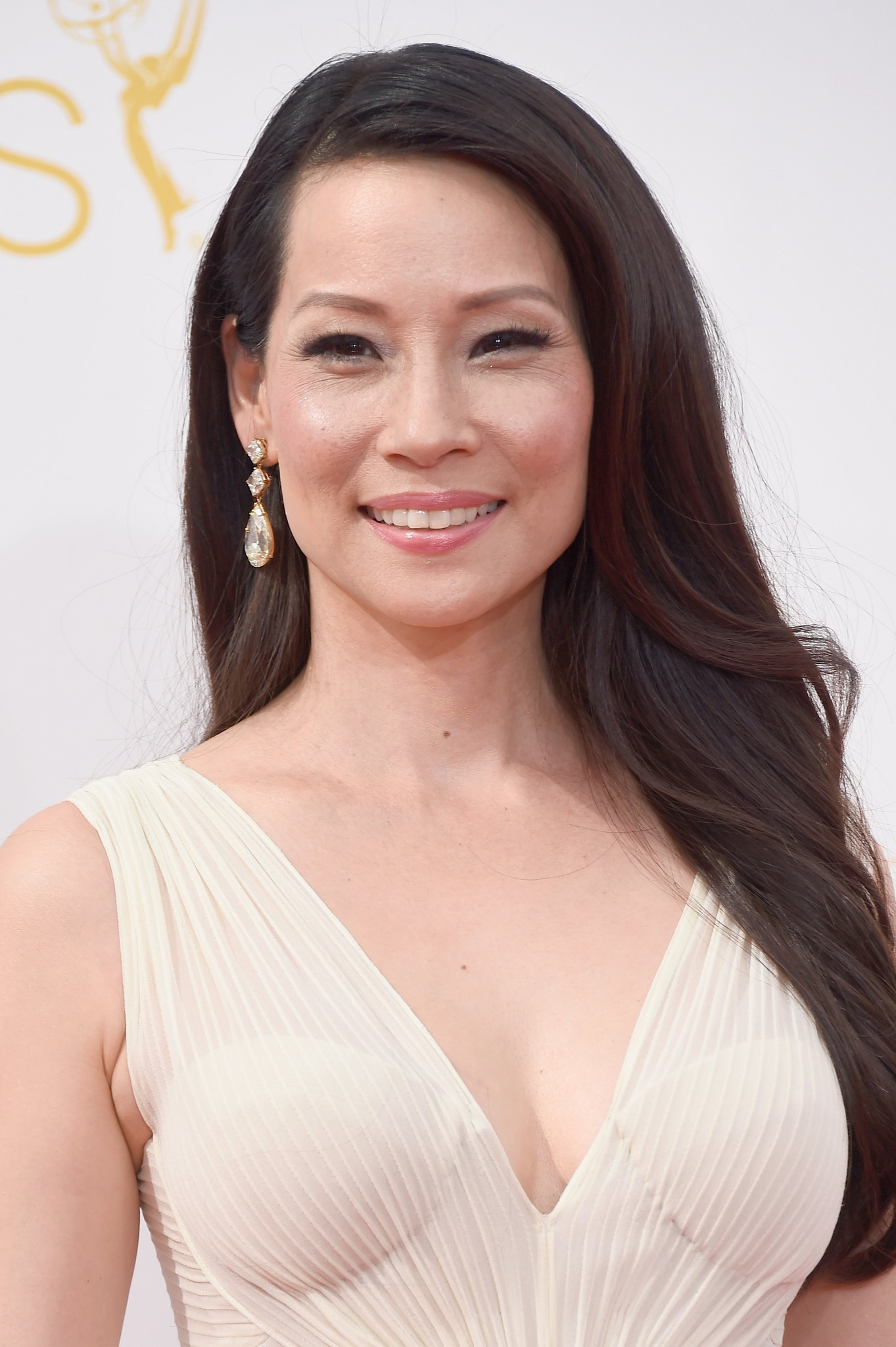 Communication on this topic: Olive Moorefield, lucy-liu/