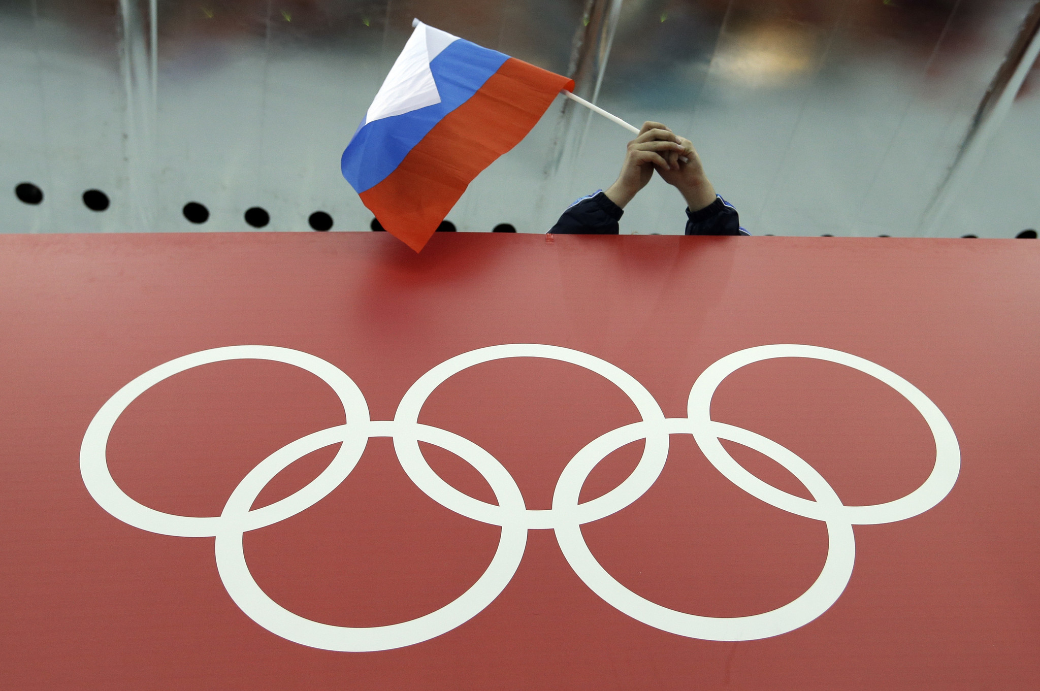 IOC: Russians can compete at 2018 Olympics, but without flag