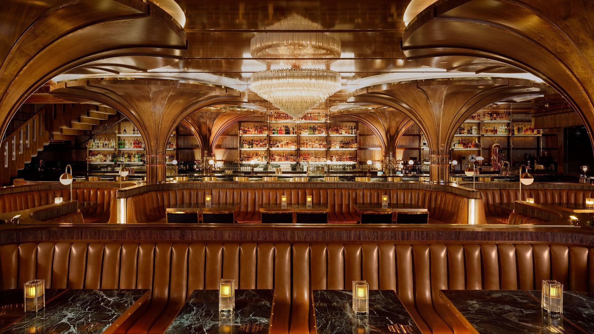 Born Amp Raised Raises Restaurant Bar To The Stratosphere
