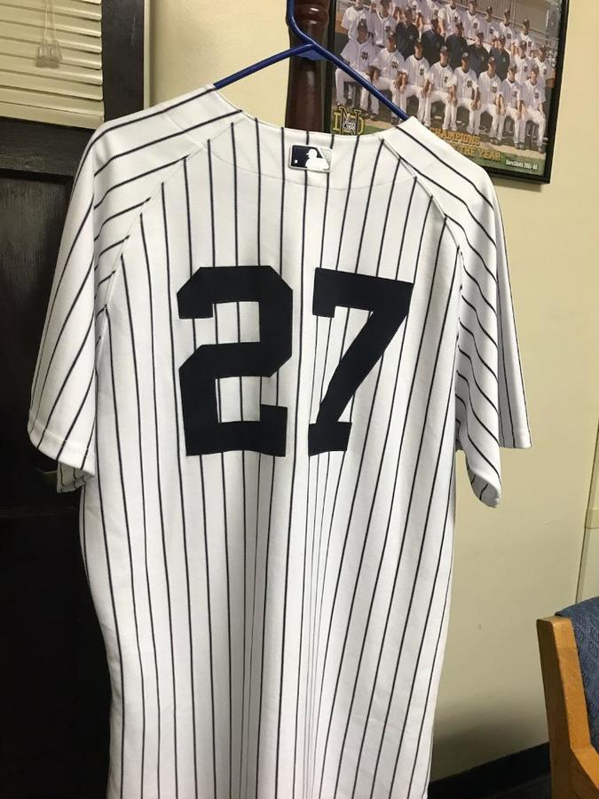 low priced d15dd 154fb Tom Dill already has a Yankees jersey No. 27 hanging in his ...