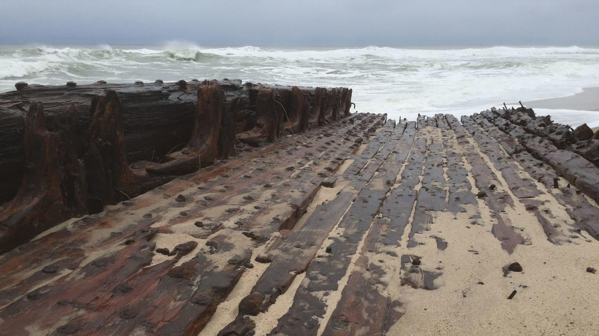 A Ghostly Shipwreck On The Shores Of Cape Cod - Hartford Courant