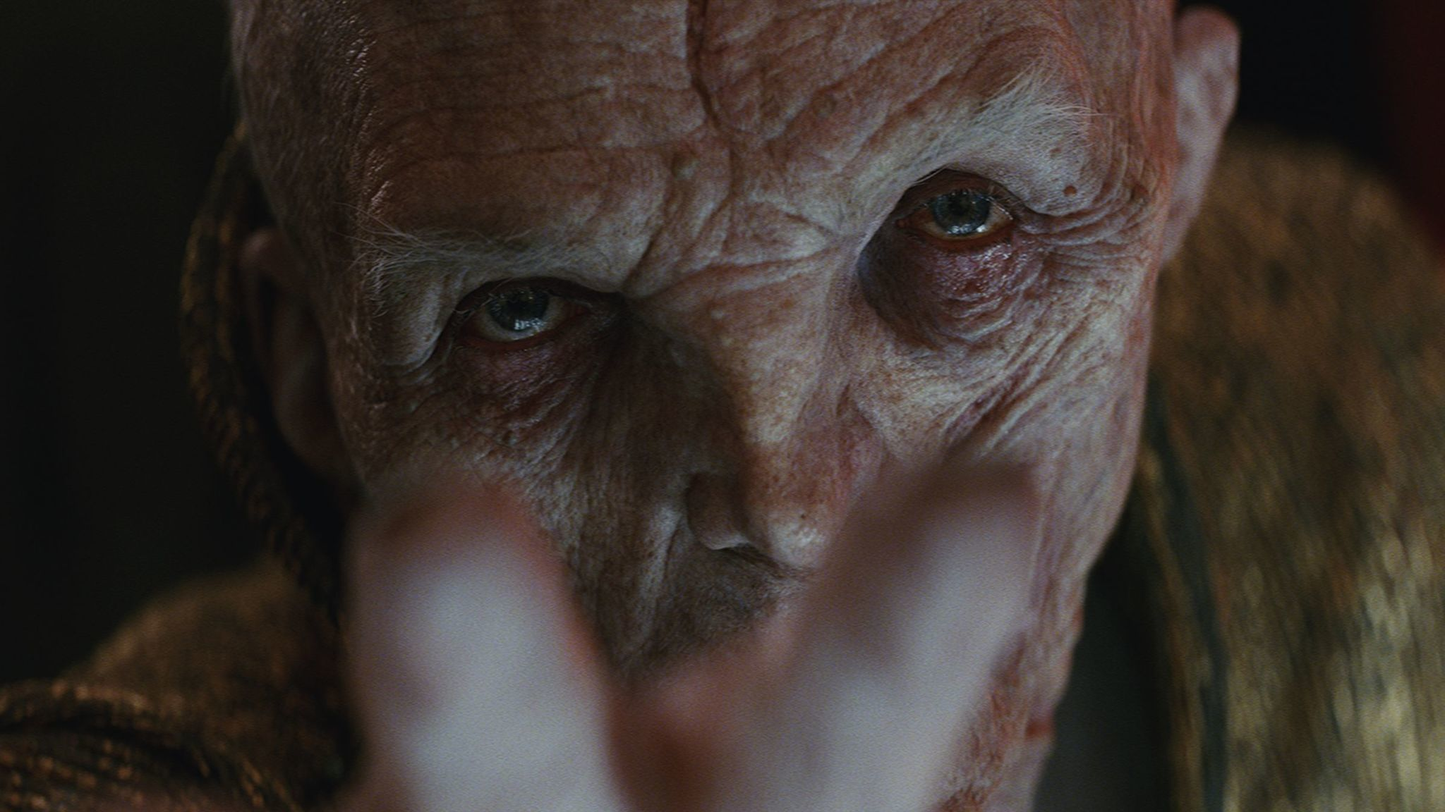 "Snoke ""title ="" Snoke ""/><figcaption> Who is Snoke? (Besides Andy Serkis). <span clbad="