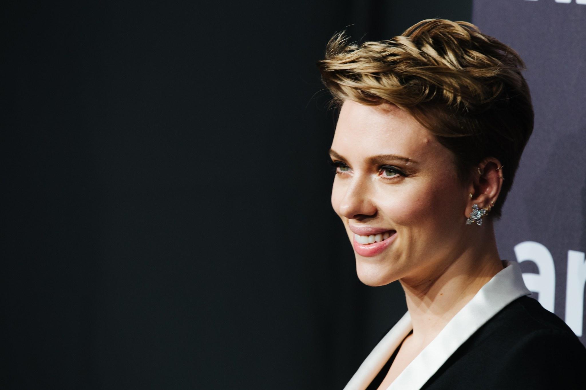 Scarlett Johansson Sang On An Oscar Nominated Original Song Too Sun Sentinel