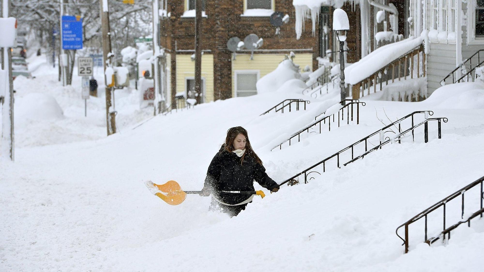 Erie\'s \'White Christmas\' continues: Snow records smashed with 62 ...