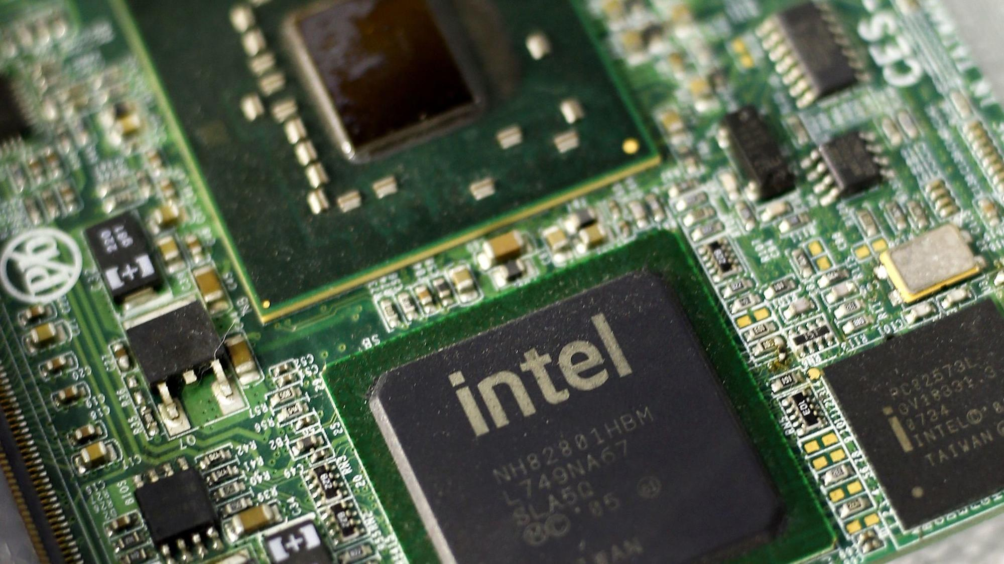 Intel and Microsoft deal with widespread computer-chip ...