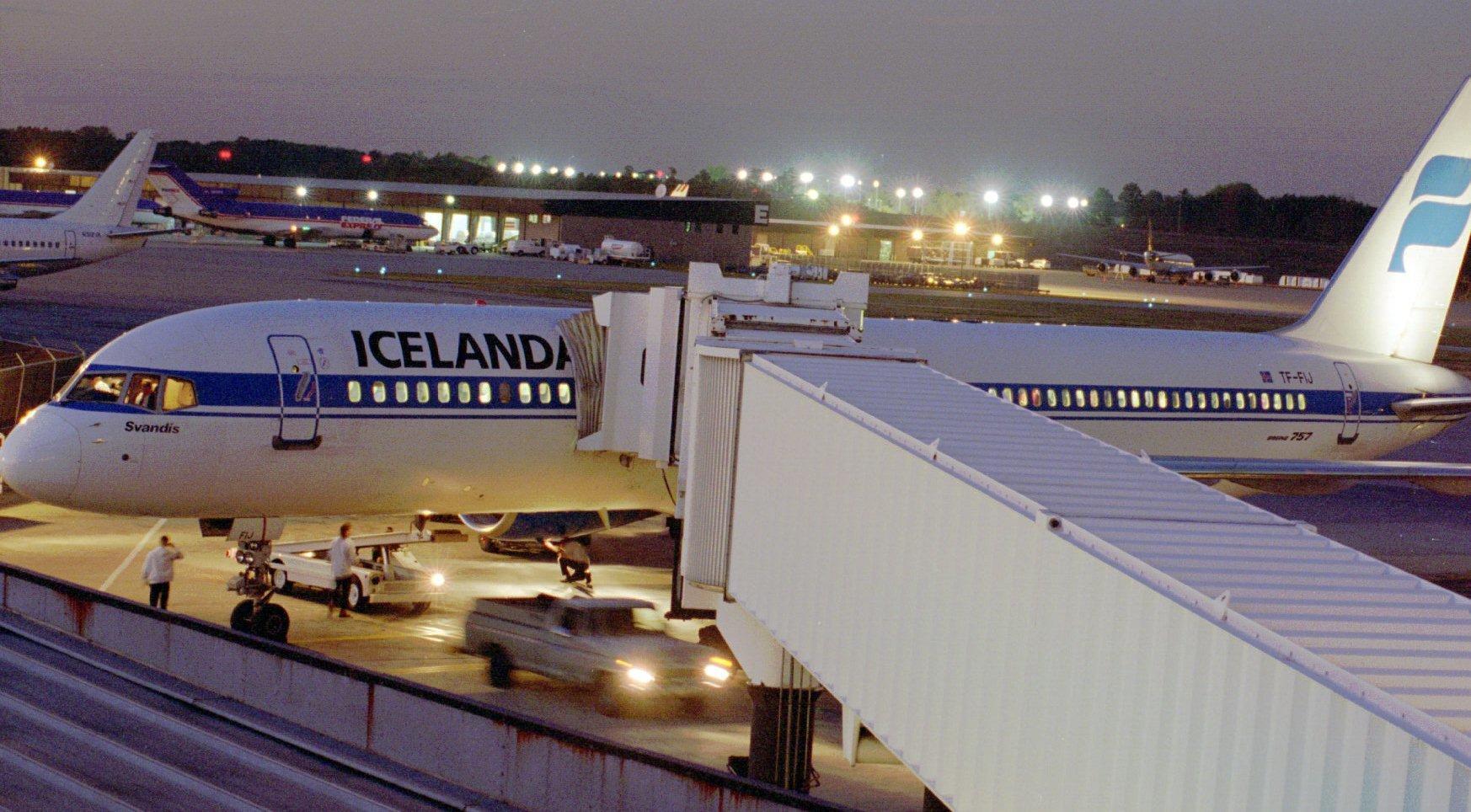Icelandair Bringing Back Bwi Flights Baltimore Sun