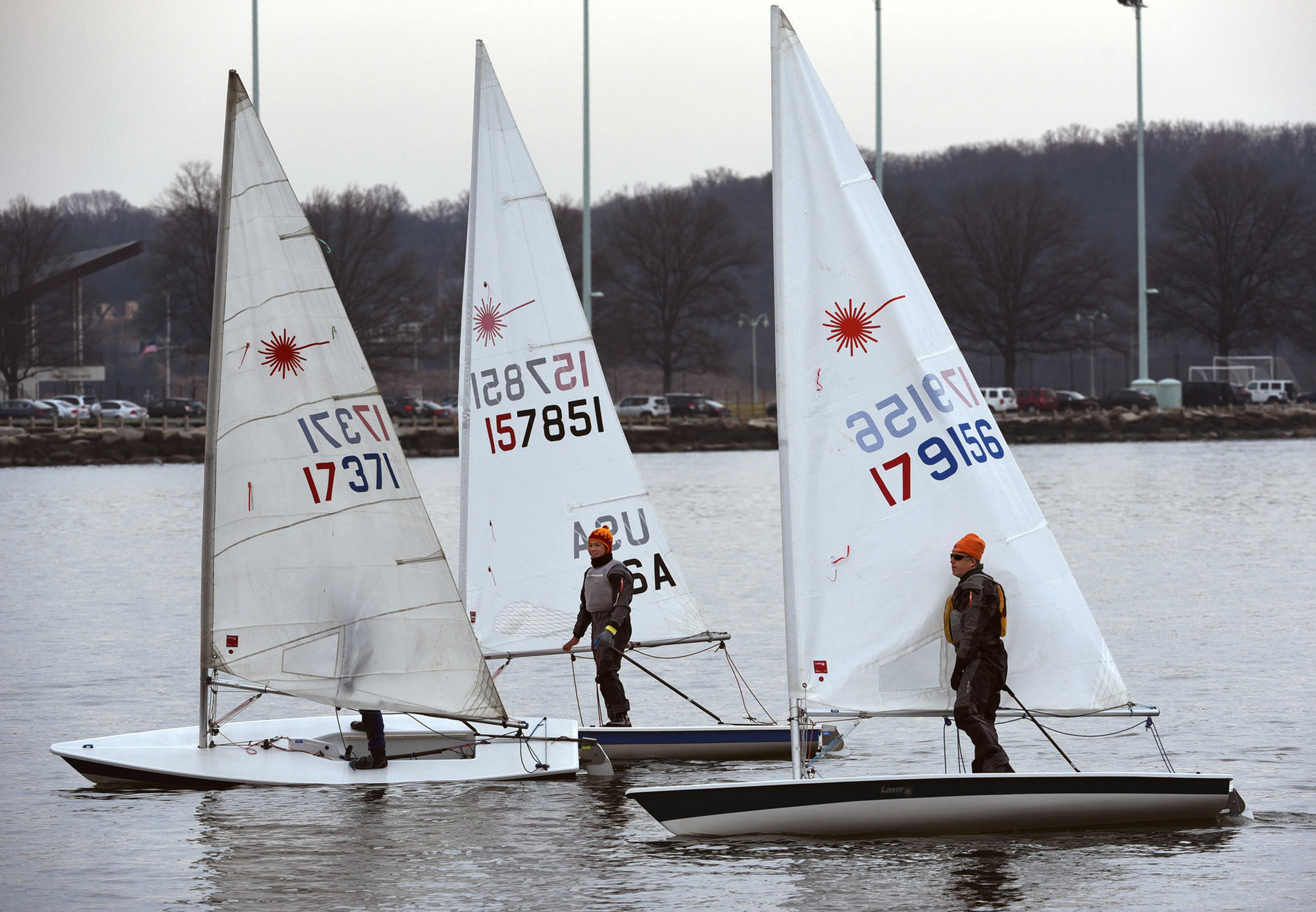 Frostbite sailing on the Chesapeake Bay: Where even the ice