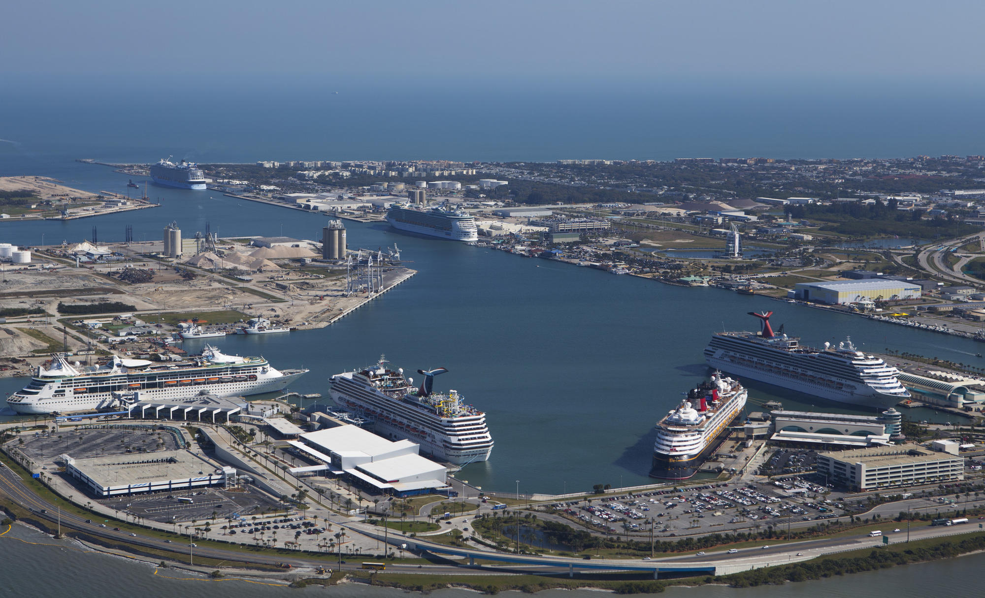 Port Canaveral S 30 Year Plan Calls For Three New Cruise Terminals Orlando Sentinel