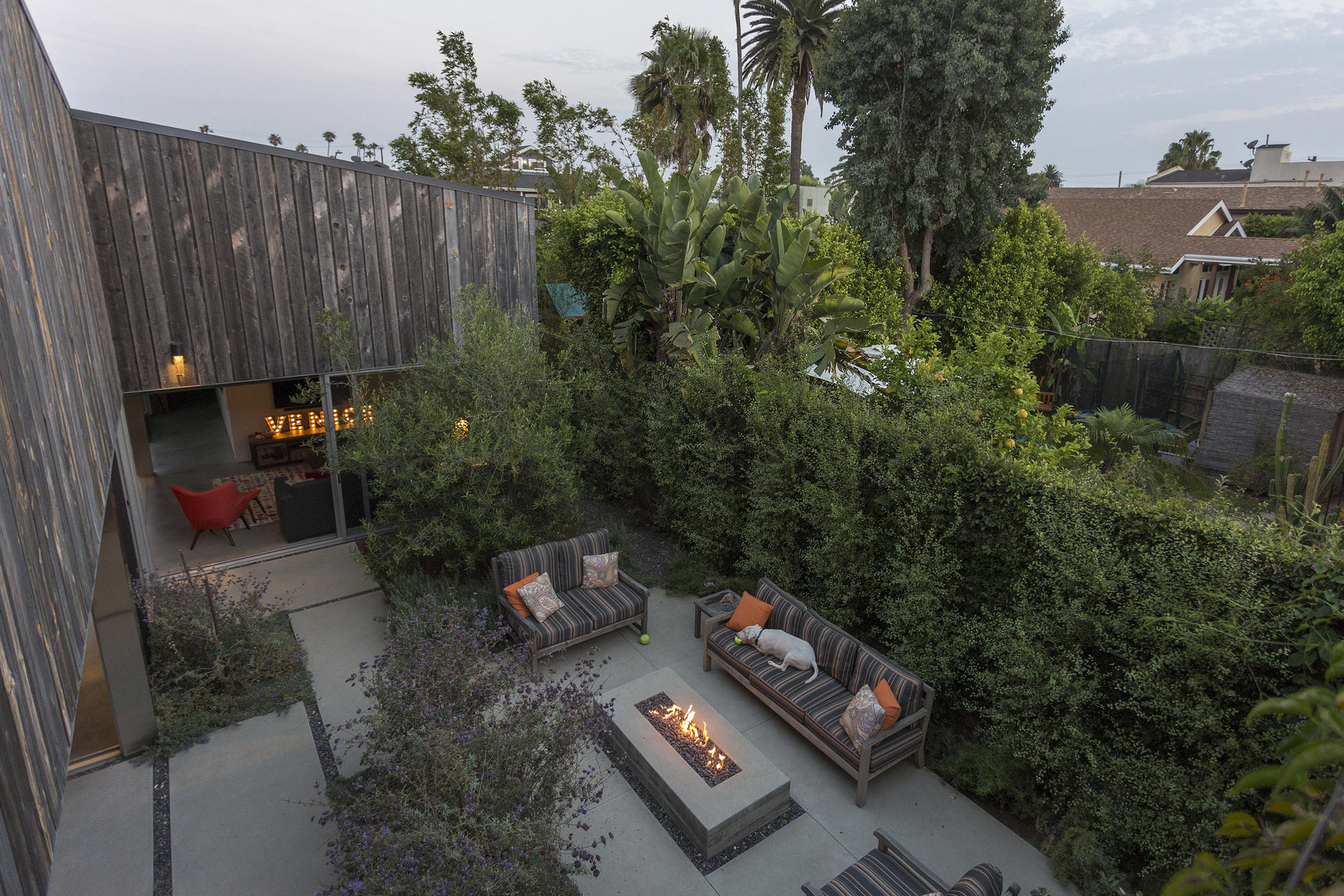 His-and-hers duplex in Venice