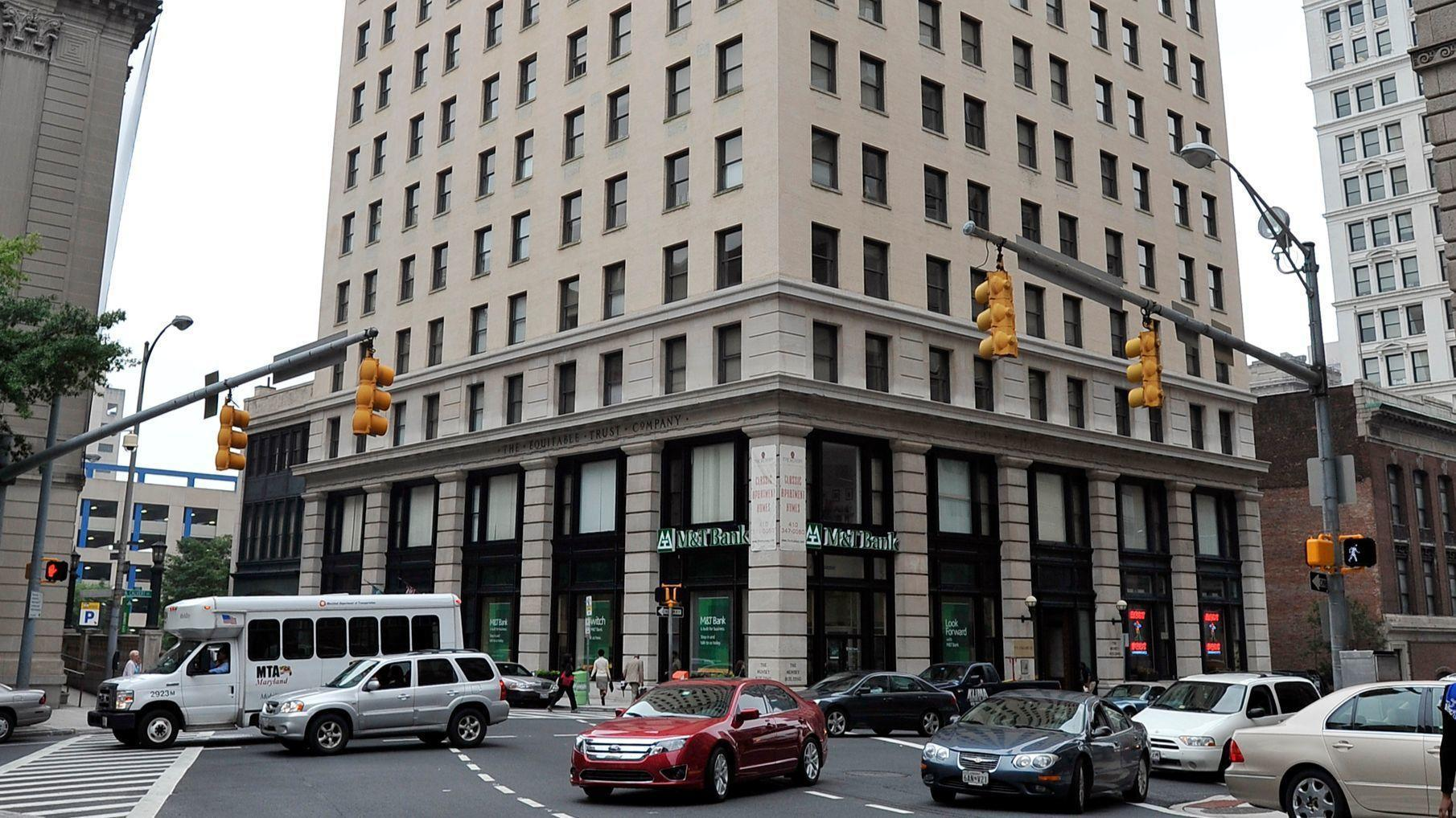 Tenants of downtown Baltimore apartment tower allege poor ...
